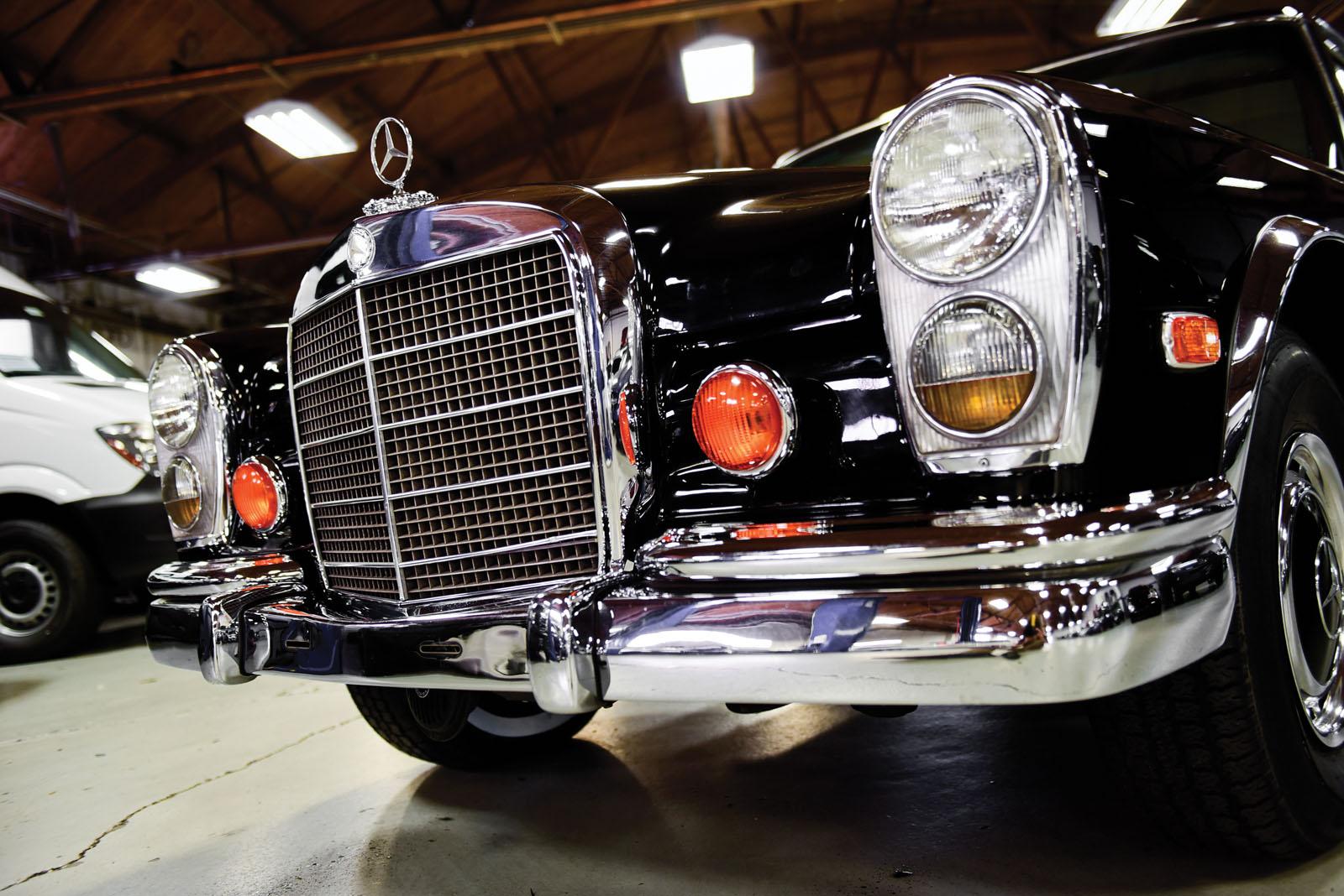 Mercedes-Benz 600 Pullman 1968 in auction (16)