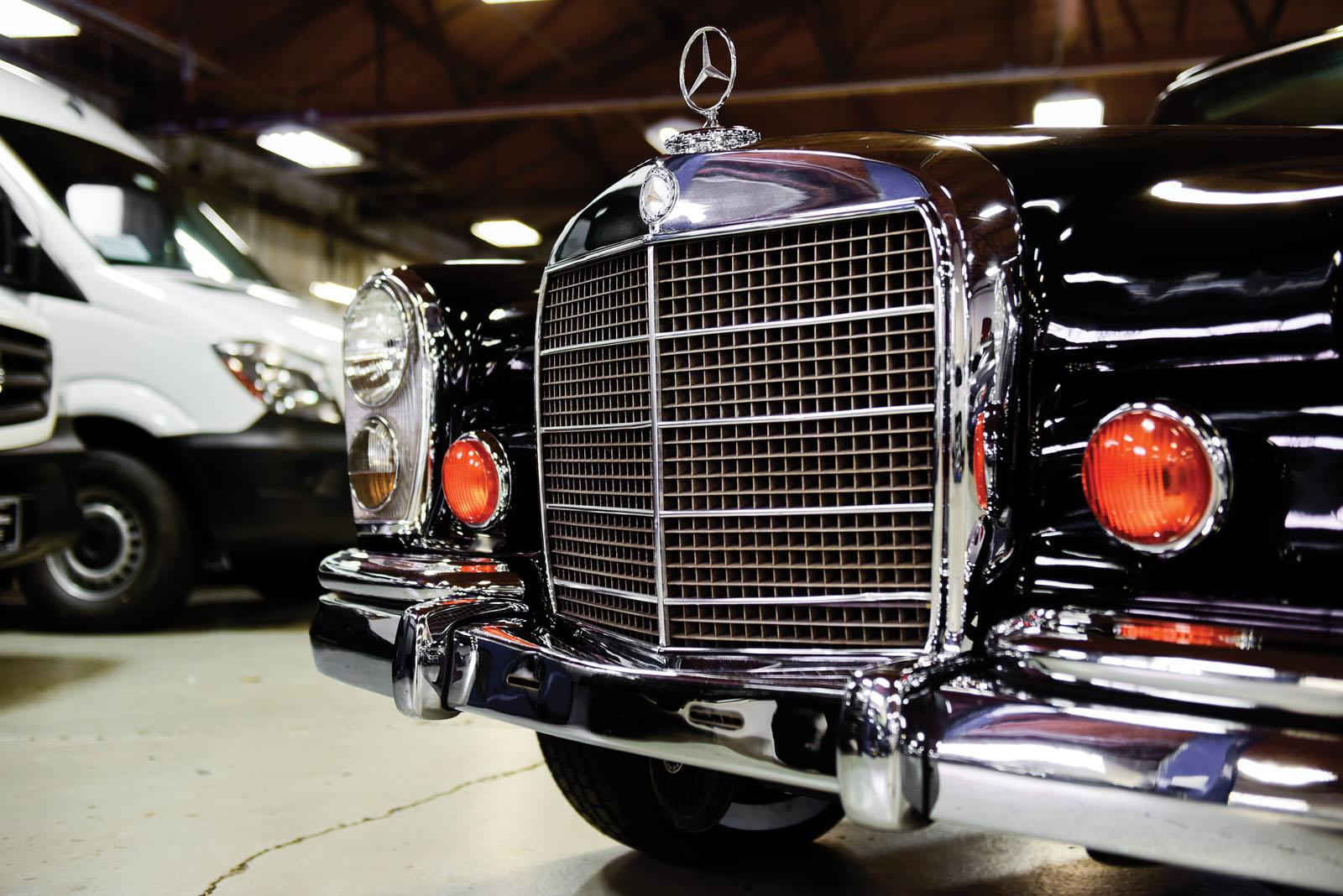 Mercedes-Benz 600 Pullman 1968 in auction (17)