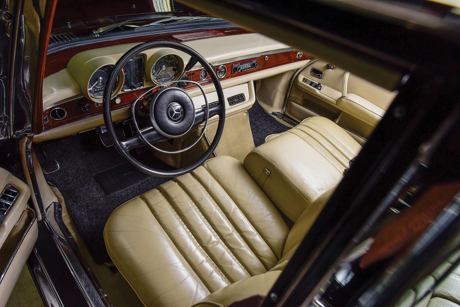 Mercedes-Benz 600 Pullman 1968 in auction (5)