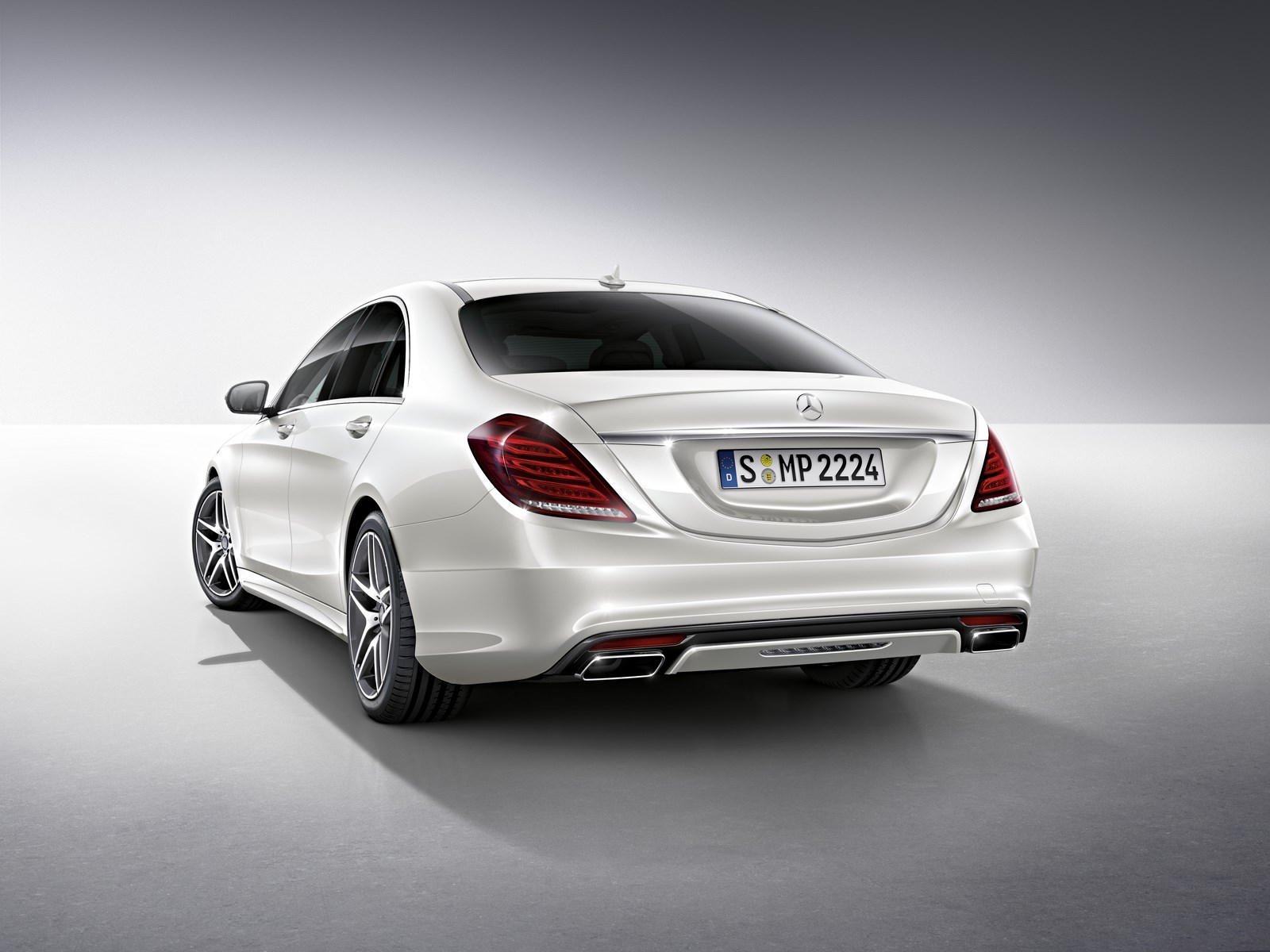 Mercedes benz s class for Mercedes benz s class accessories