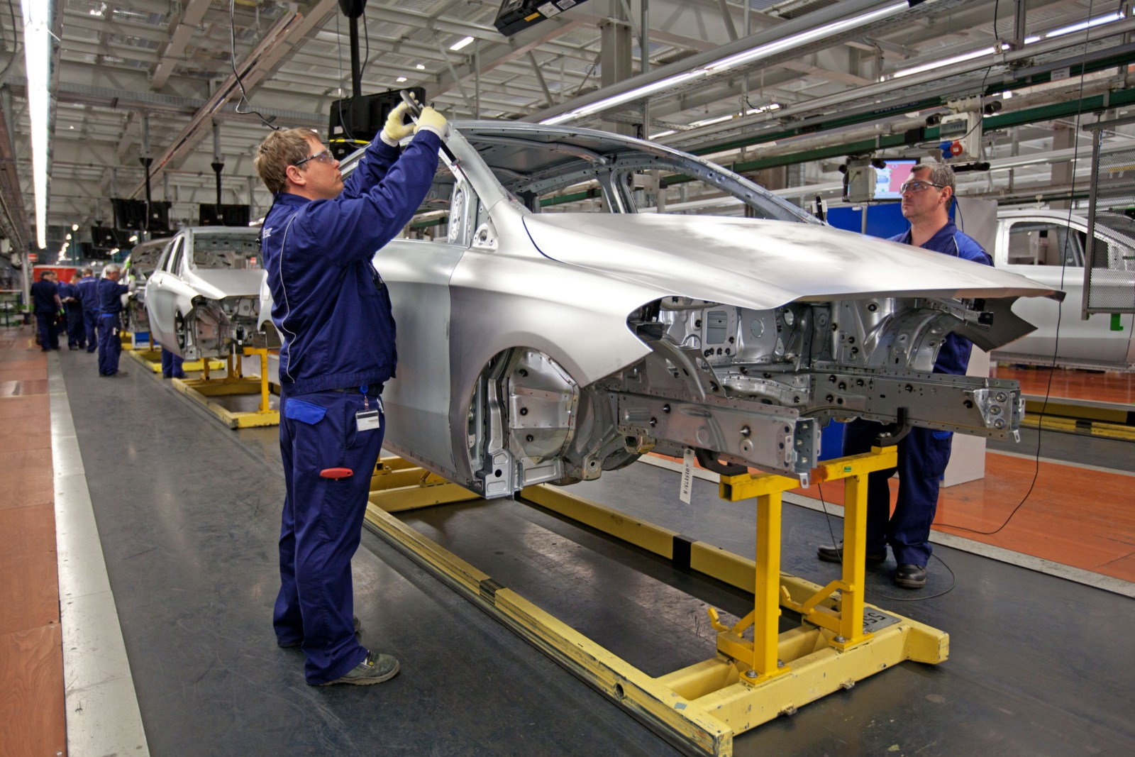 Mercedes assembly plants for Mercedes benz plant locations