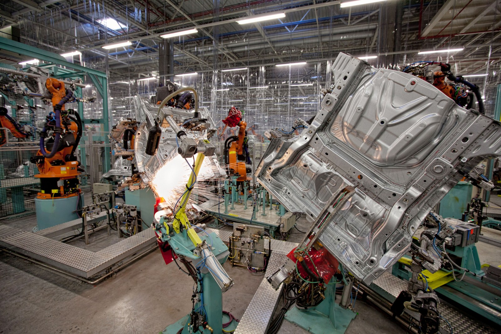 mercedes benz assembly plant