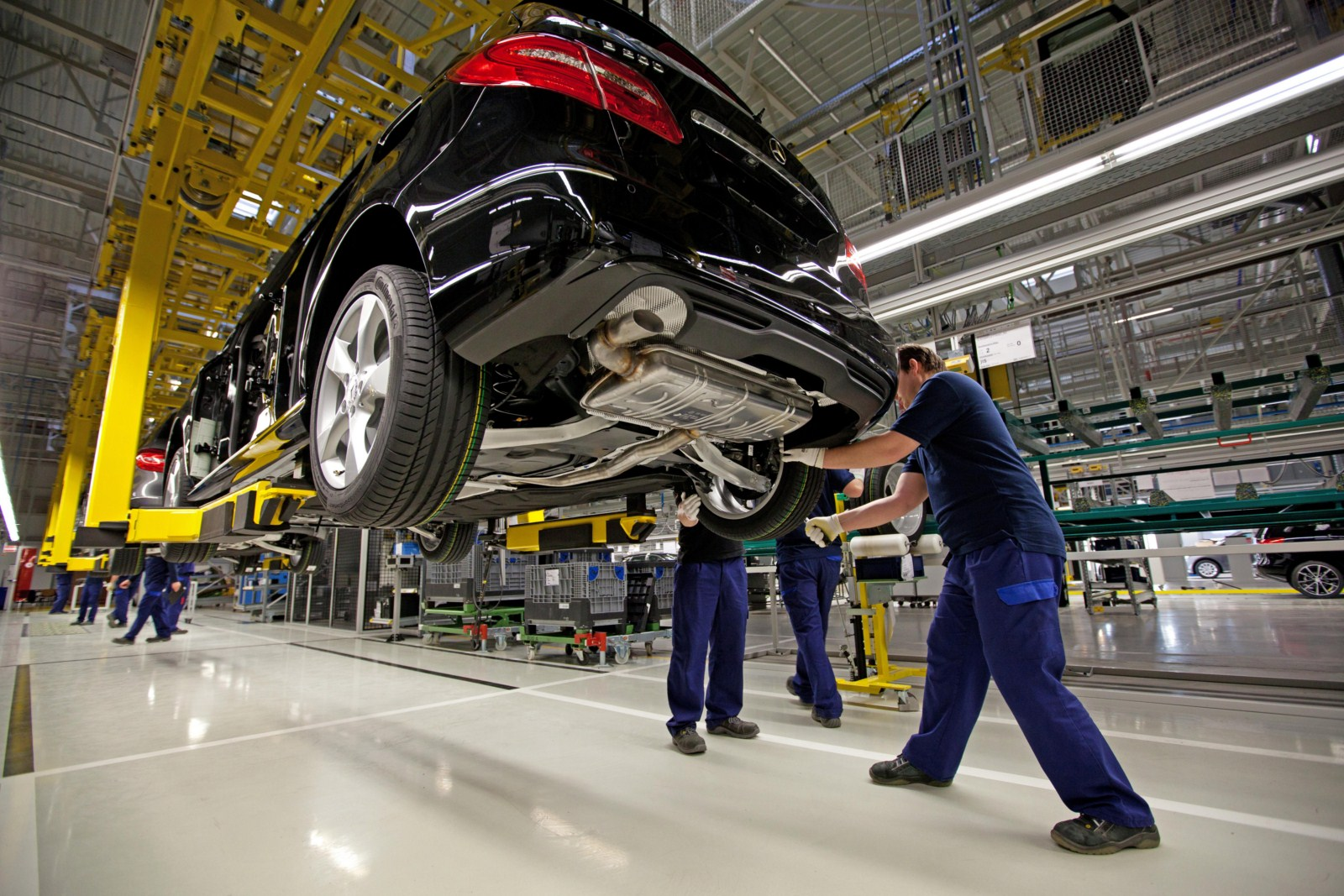Mercedes benz assembly plant for Mercedes benz plant locations