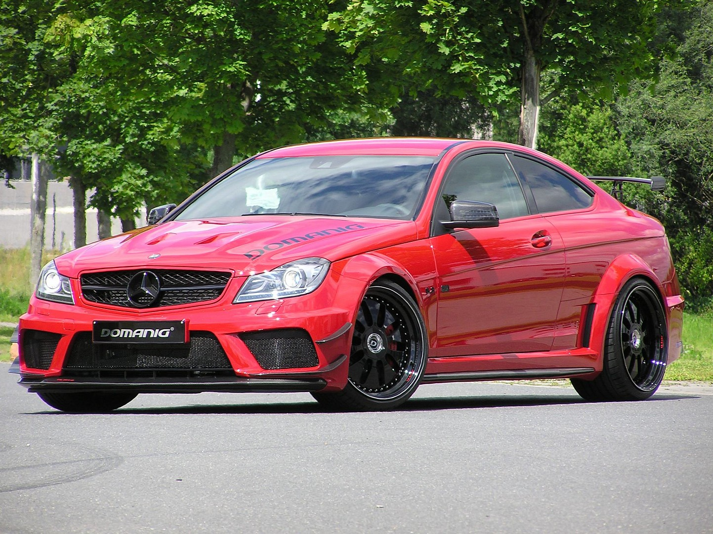 Mercedes benz c63 amg black series by domanig for Mercedes benz c63 amg