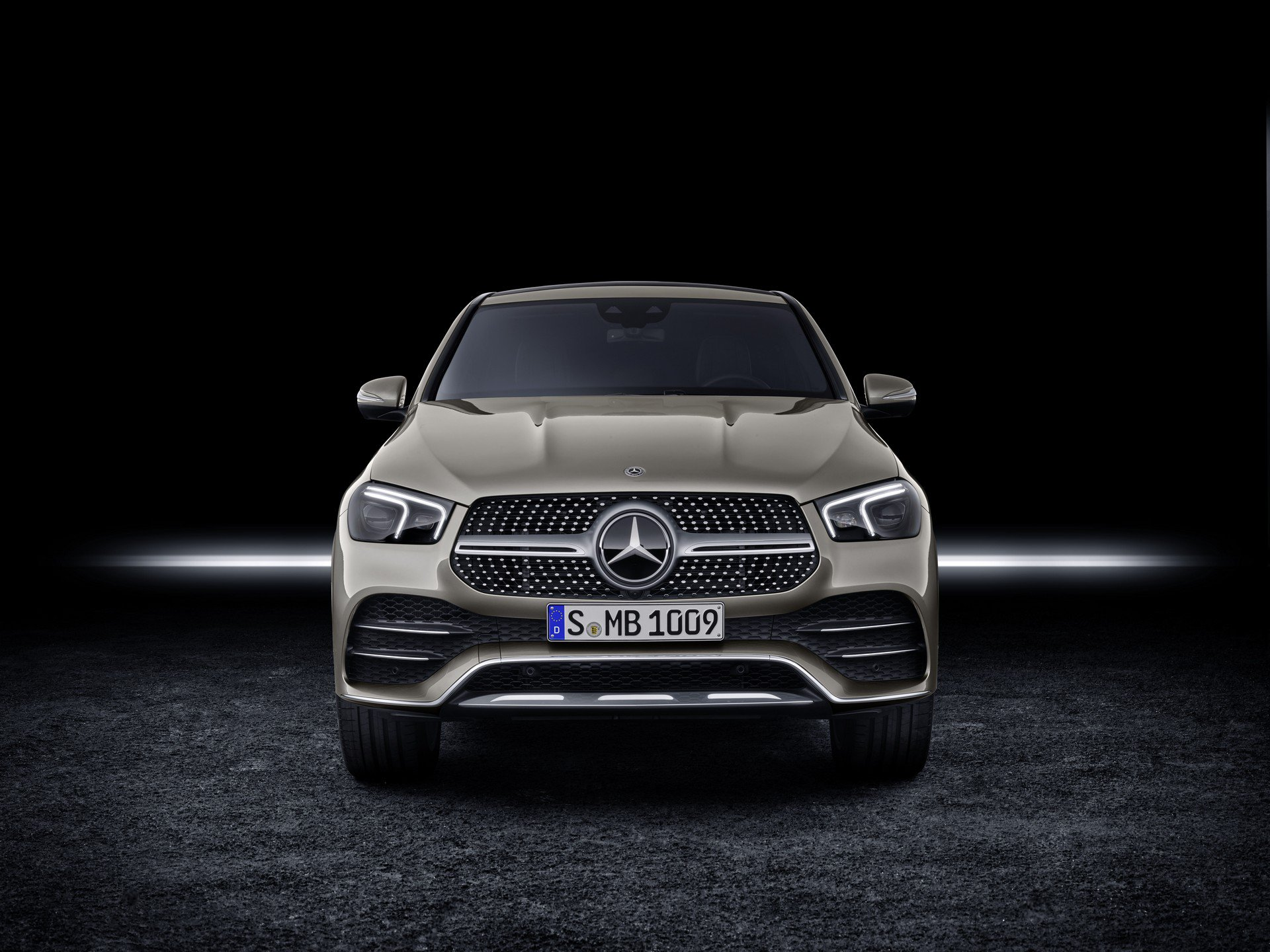 2ff06b97-2020-mercedes-gle-coupe-4
