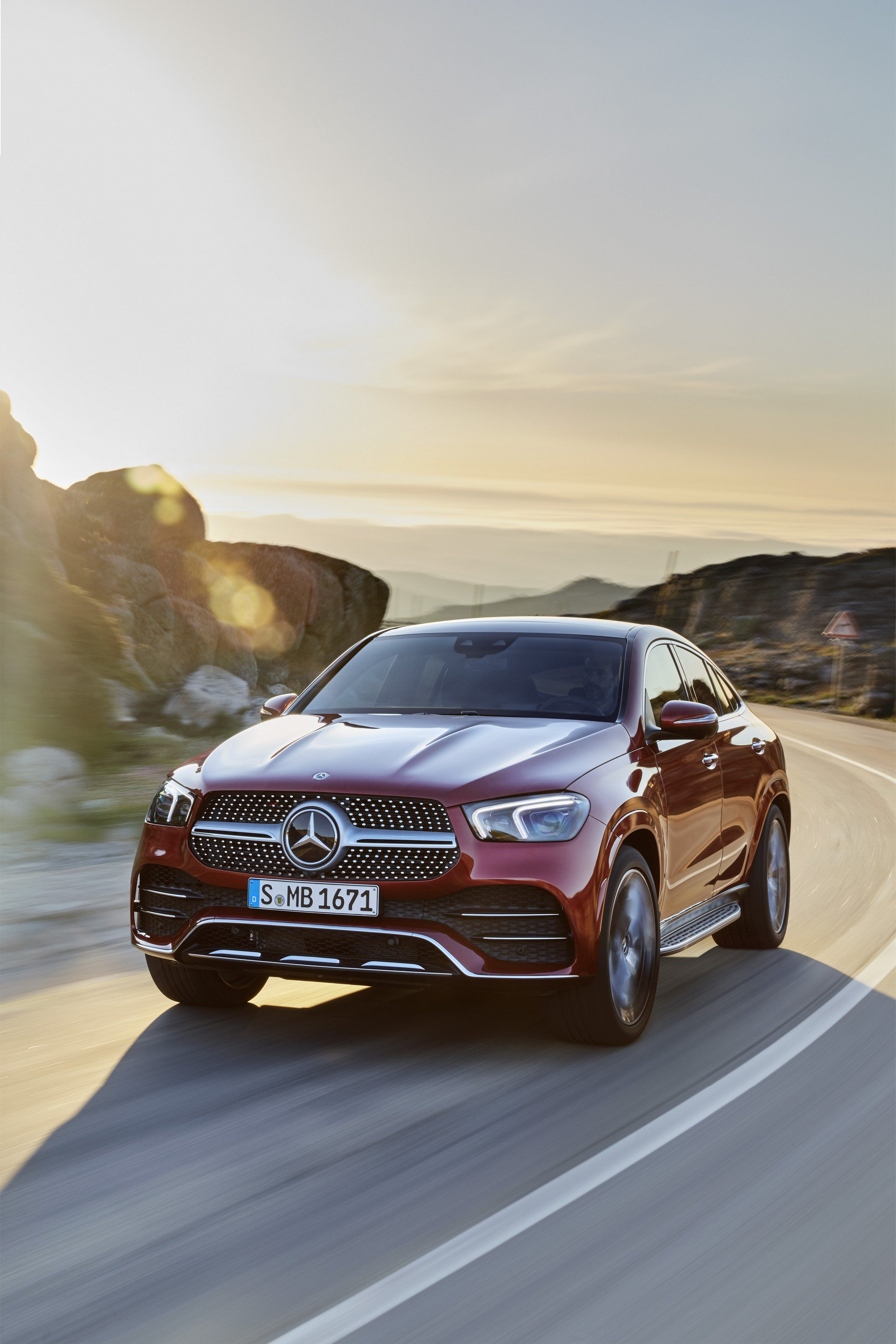 36afb14b-2020-mercedes-gle-coupe-32
