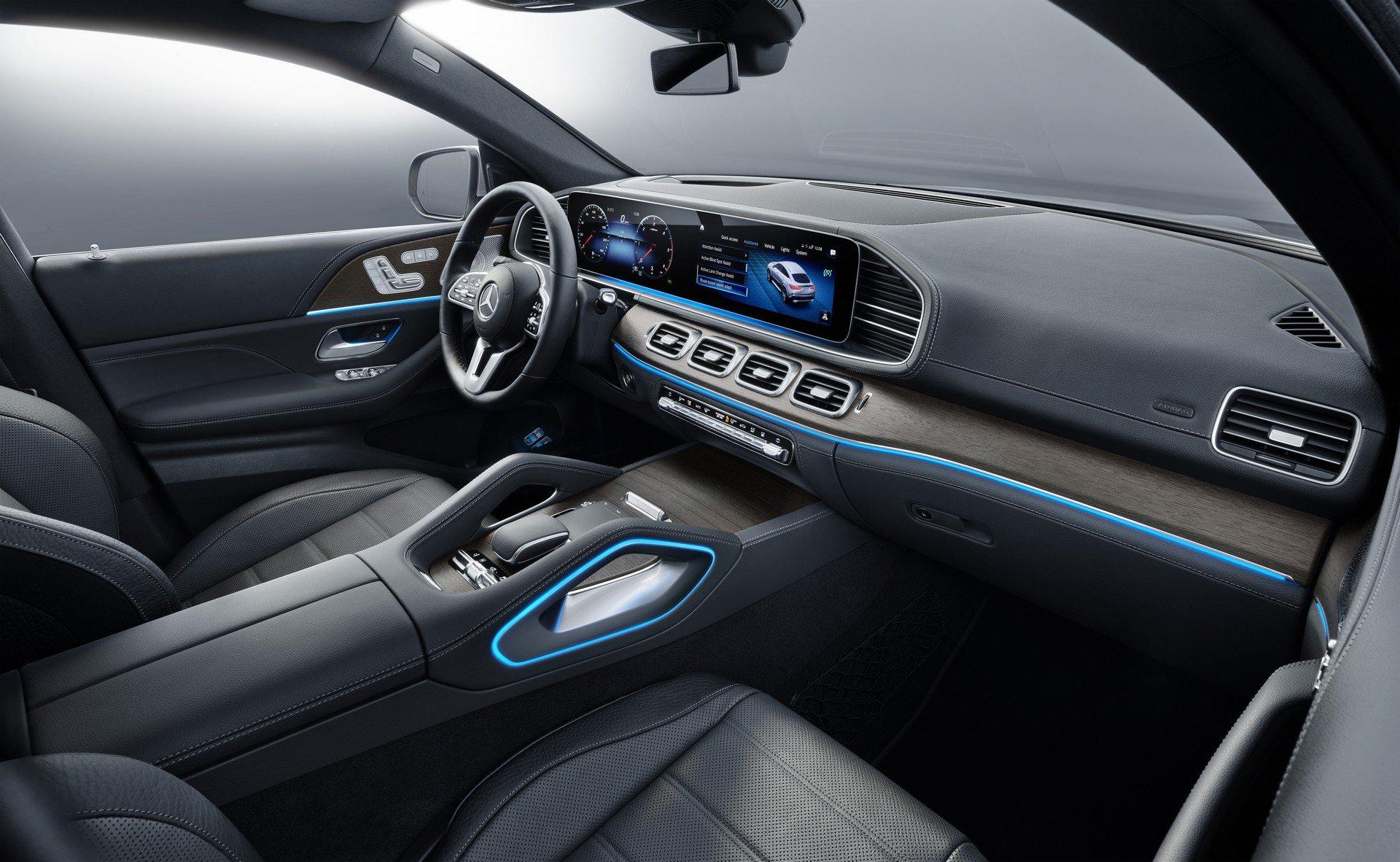 67d18620-2020-mercedes-gle-coupe-11