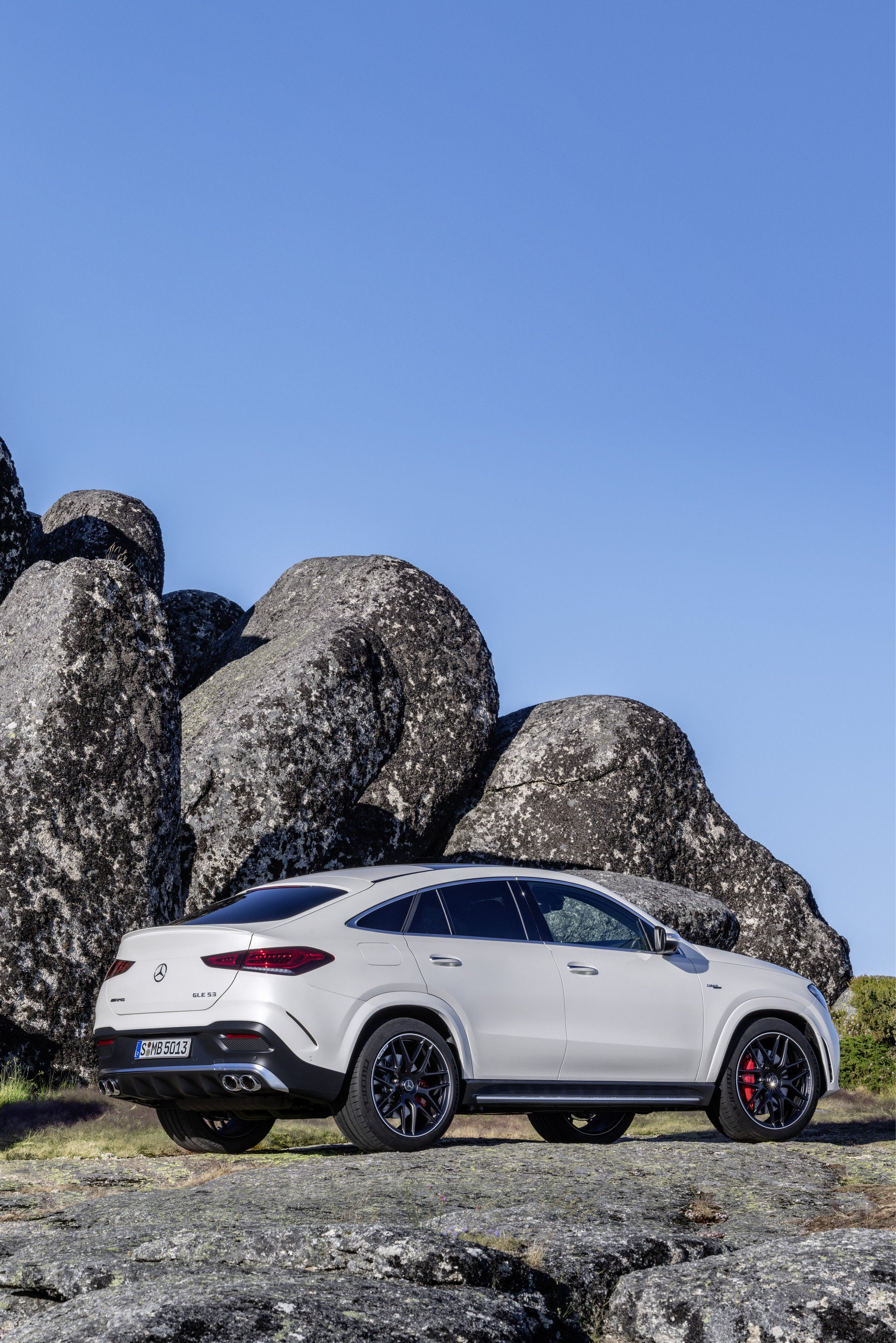 7b8a6130-2020-mercedes-gle-coupe-79