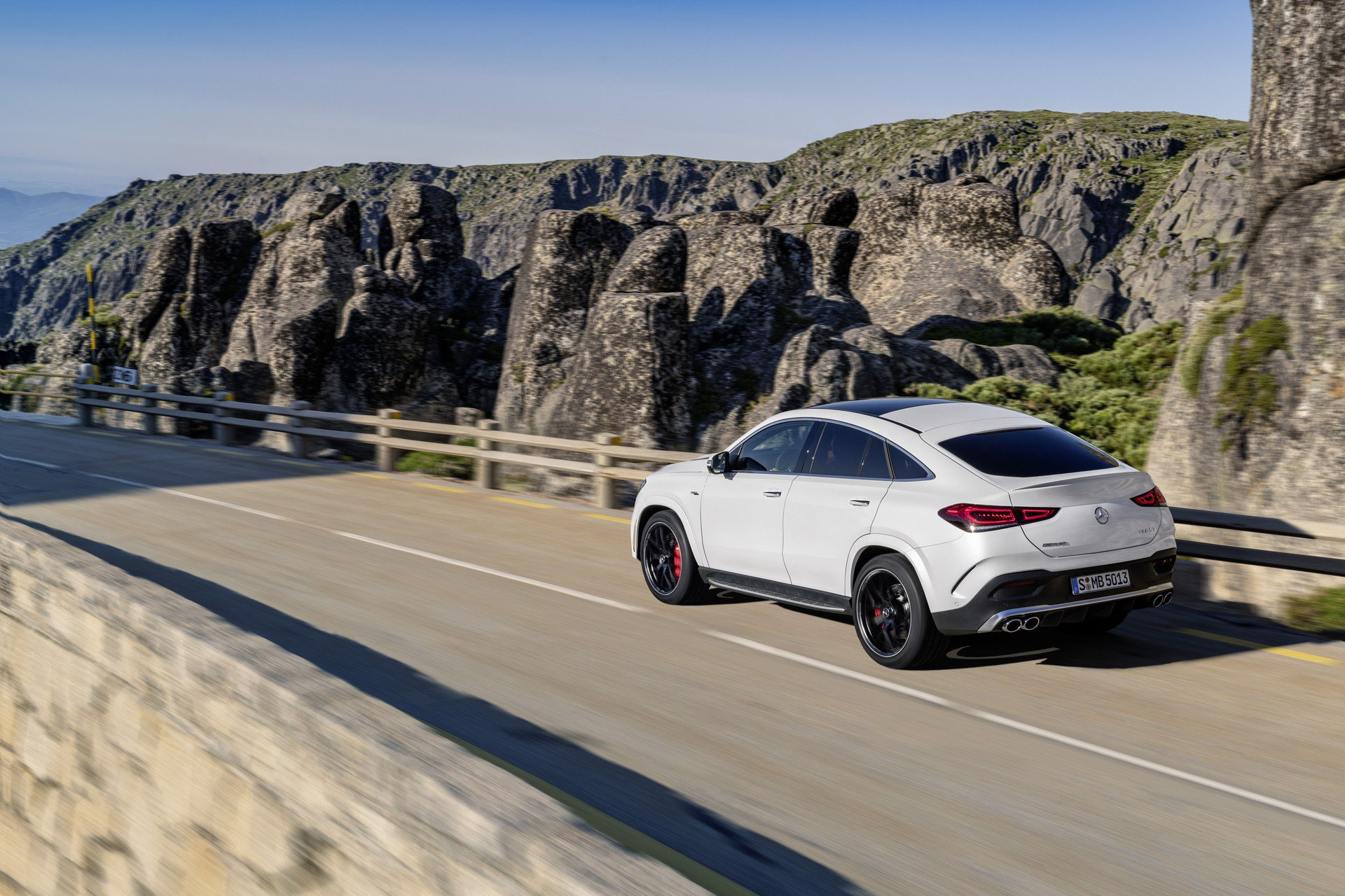 be90d0b7-2020-mercedes-gle-coupe-63
