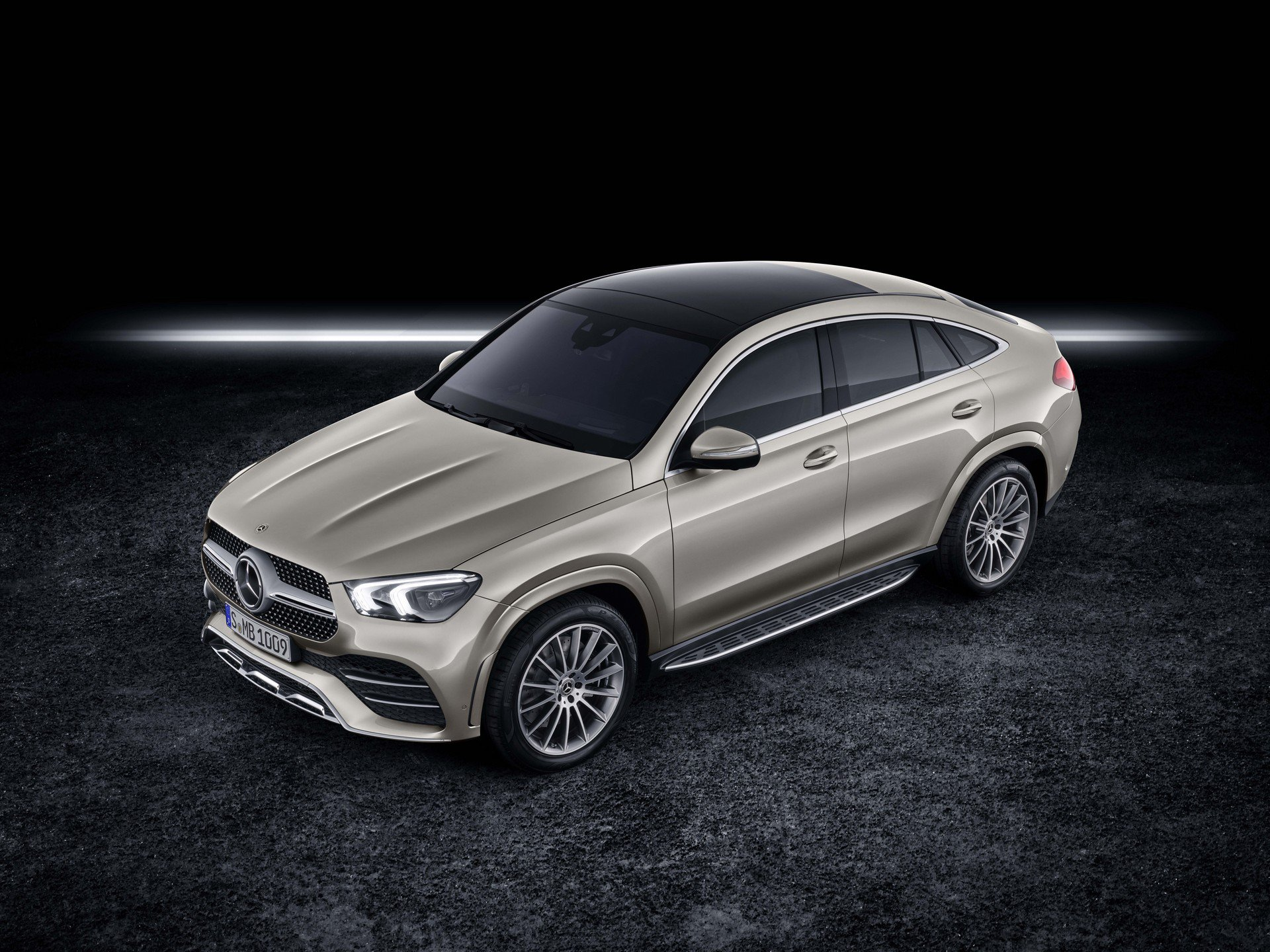 db146c96-2020-mercedes-gle-coupe-1
