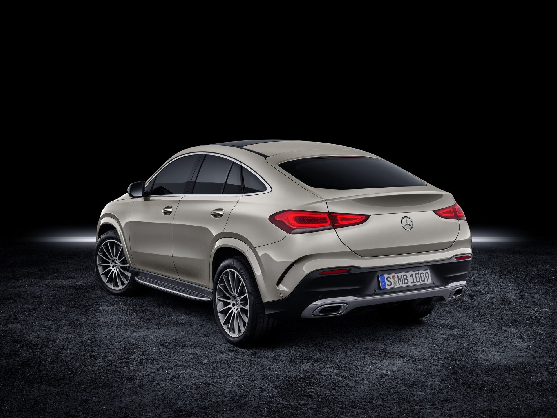 f3bf1a22-2020-mercedes-gle-coupe-8
