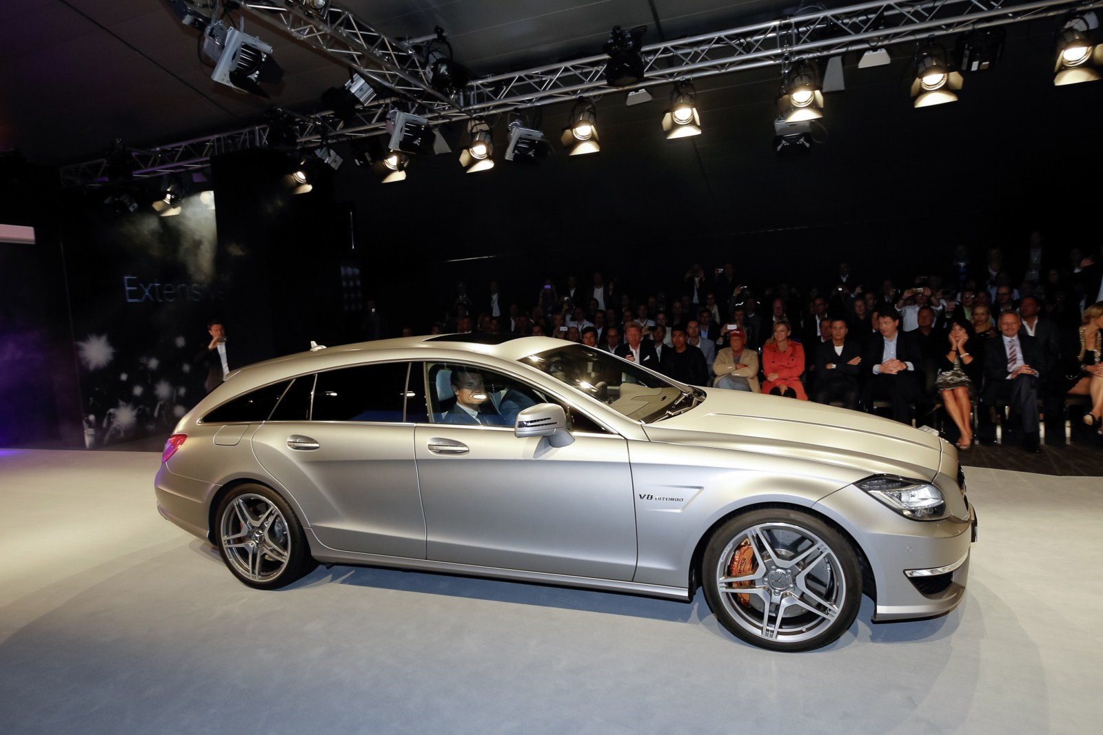 h mercedes cls 63 amg shooting brake hockenheim. Black Bedroom Furniture Sets. Home Design Ideas