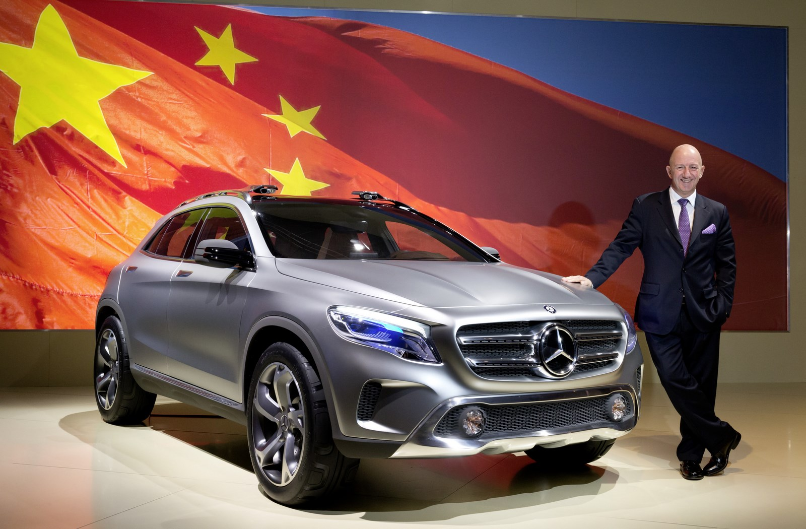 Mercedes-Benz to make electric vehicles in China