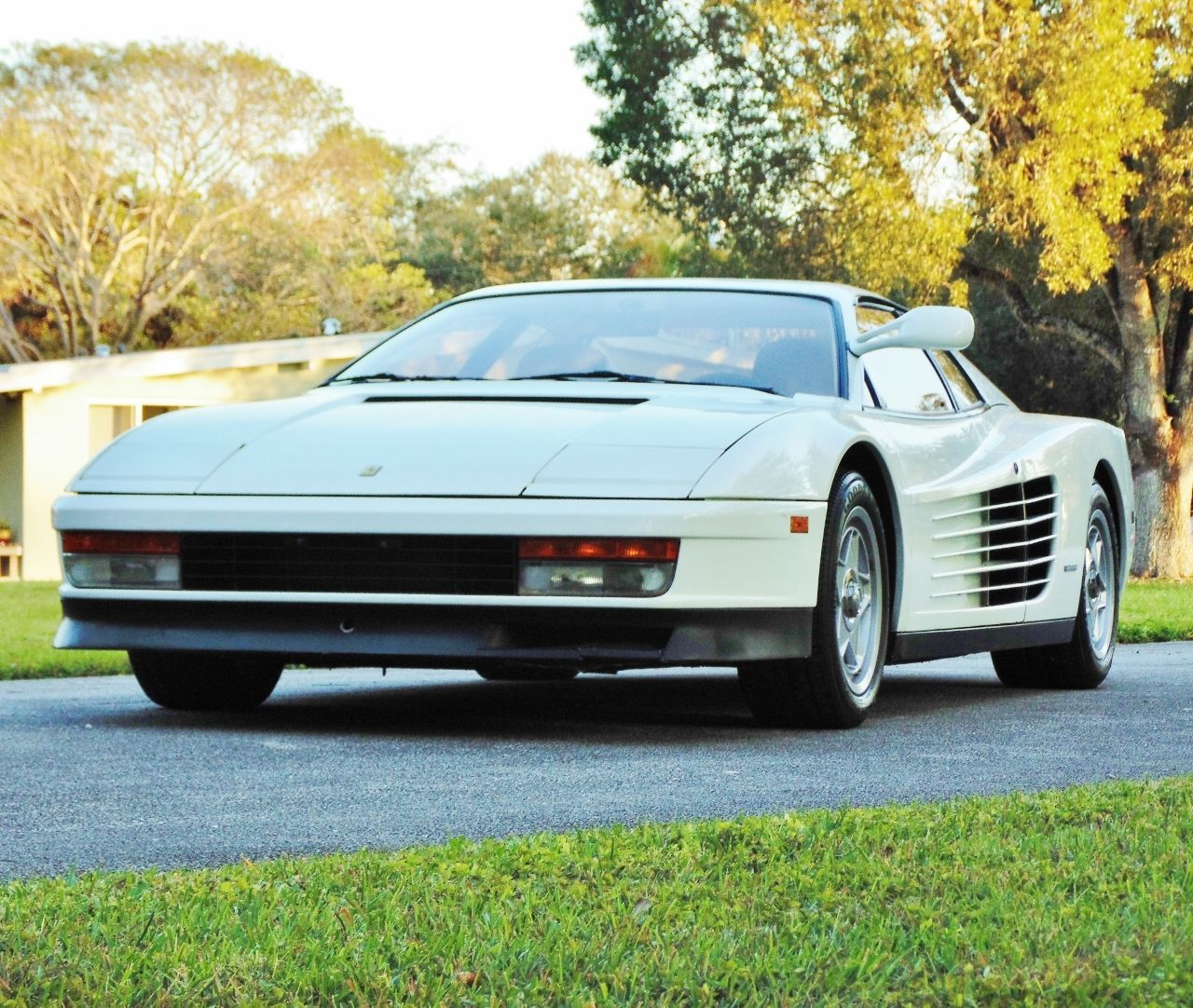 Miami Vice Ferrari Testarossa For Sale (6)