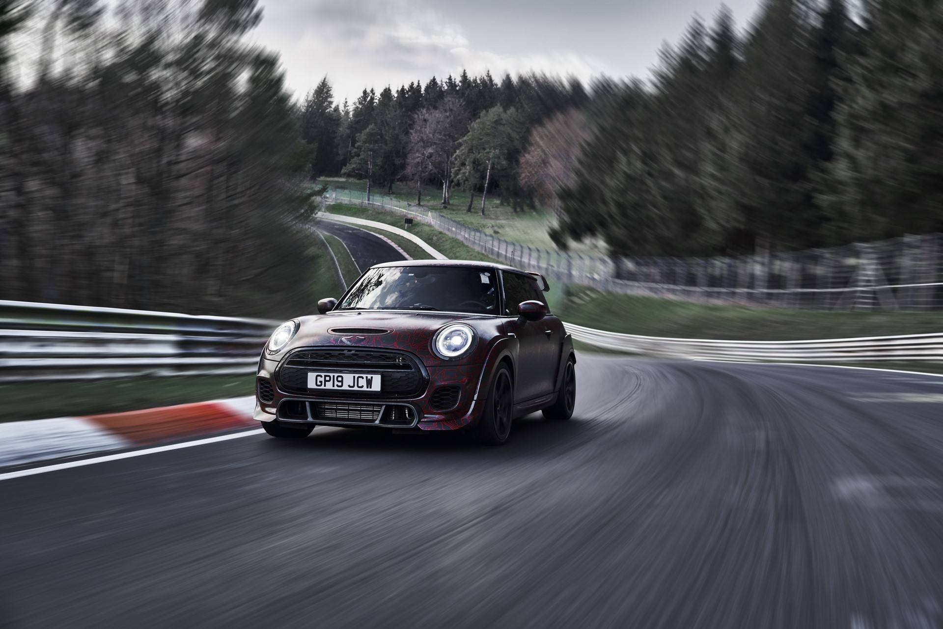 MINI-John-Cooper-Works-GP-Prototype-12