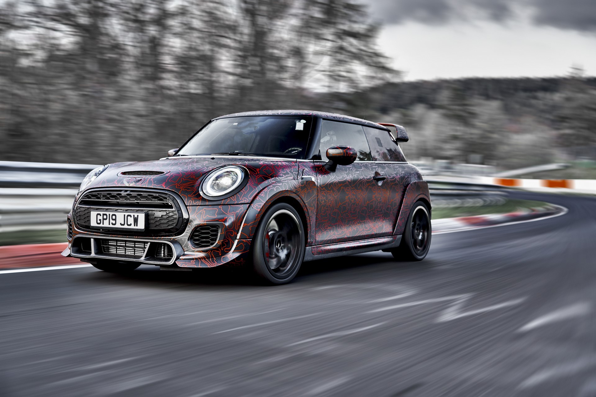 MINI-John-Cooper-Works-GP-Prototype-16
