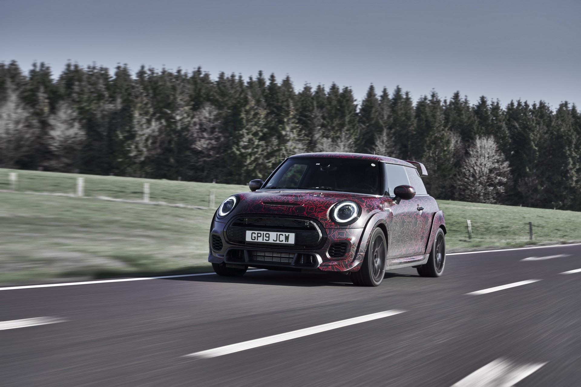 MINI-John-Cooper-Works-GP-Prototype-31