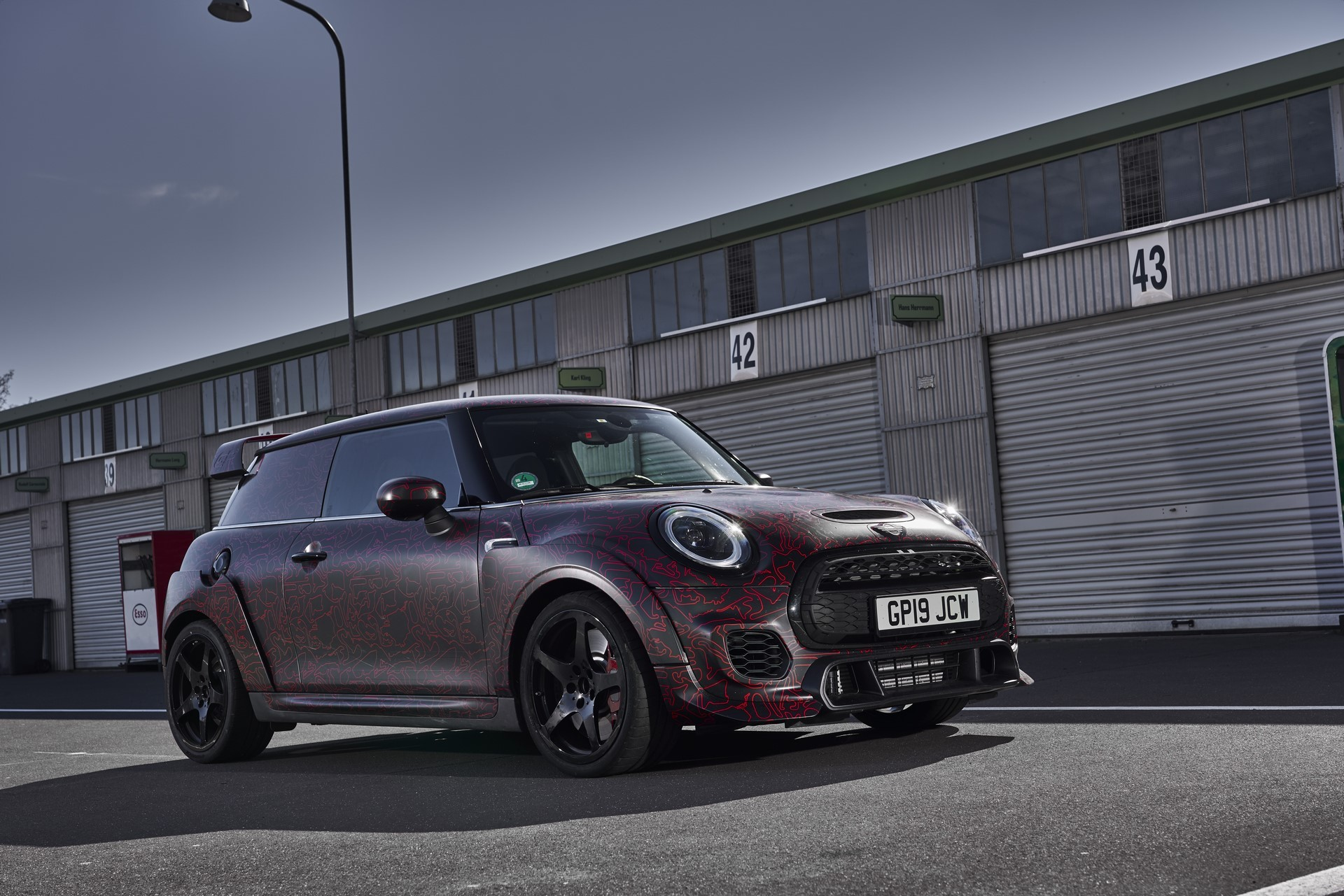 MINI-John-Cooper-Works-GP-Prototype-36