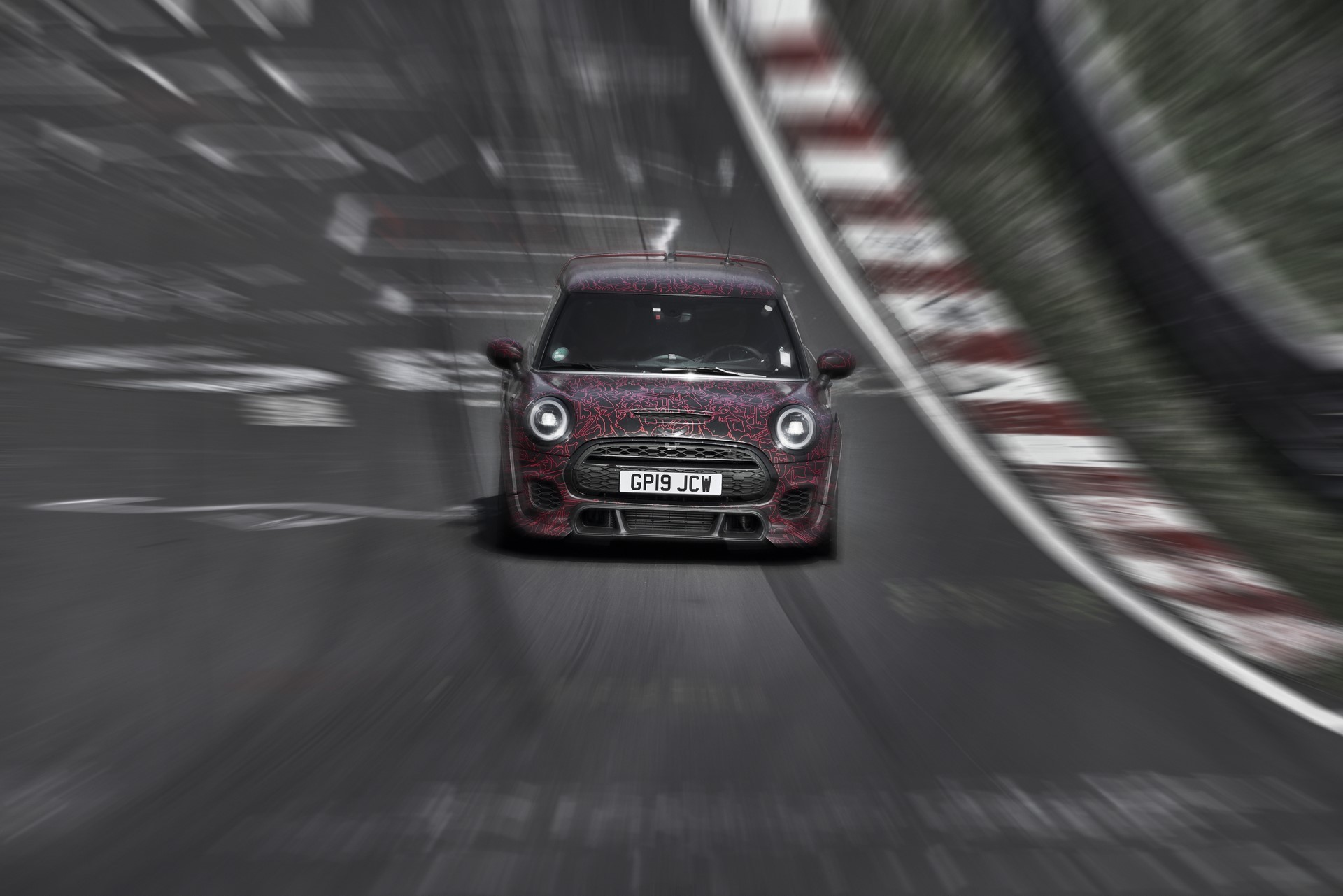 MINI-John-Cooper-Works-GP-Prototype-5