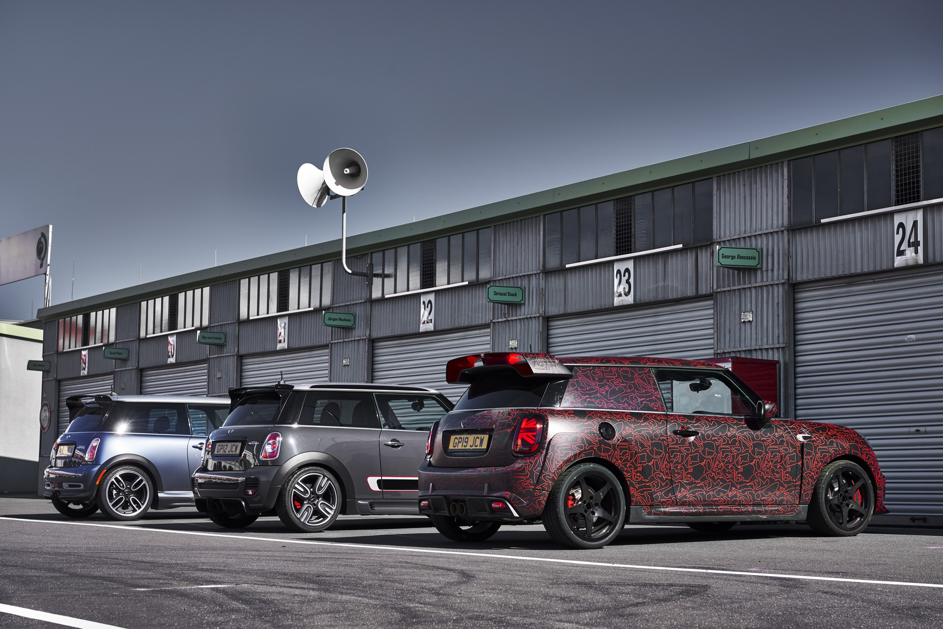 MINI-John-Cooper-Works-GP-Prototype-64