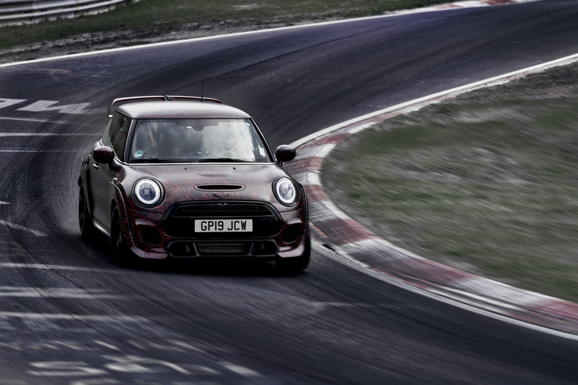 MINI-John-Cooper-Works-GP-Prototype-7