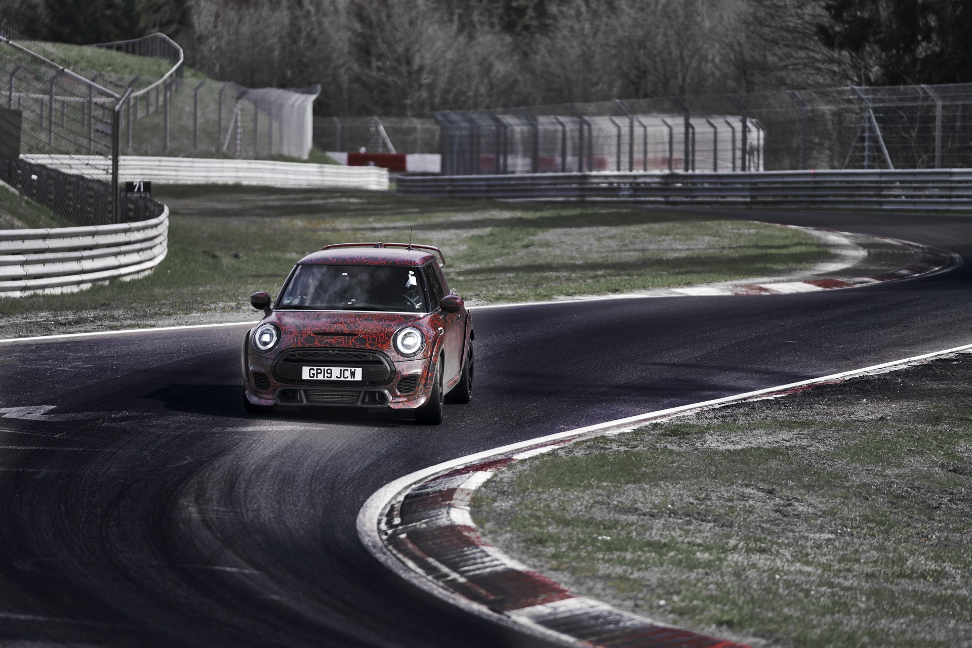 MINI-John-Cooper-Works-GP-Prototype-8