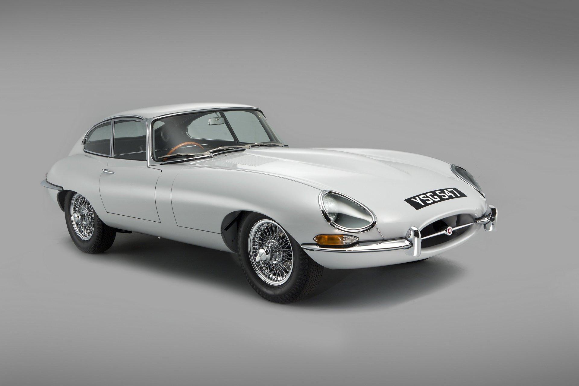 9b43a54c-1961-jaguar-e-type-01