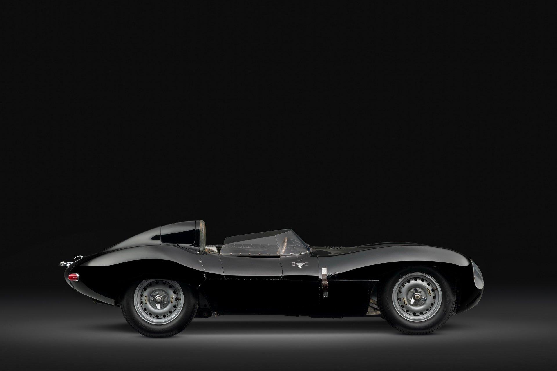 a5d7545a-1955-jaguar-d-type-coupe-02