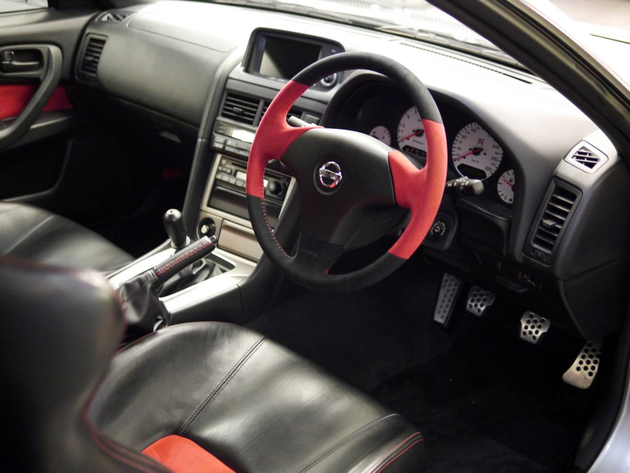 Nismo Nissan GT-R R34 Z -Tune for sale (12)