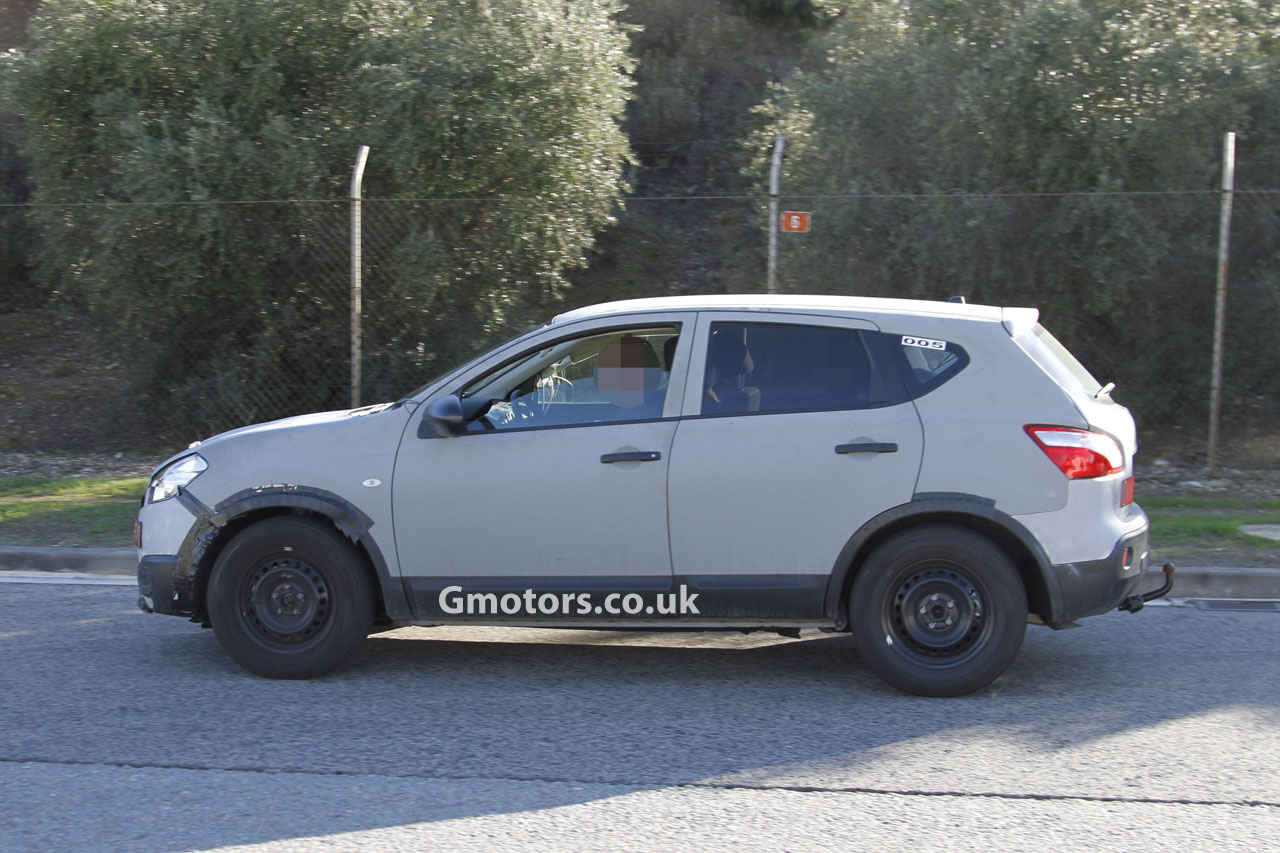 2014 Nissan Qashqai Review interior and exterior (Nissan - Holiday and