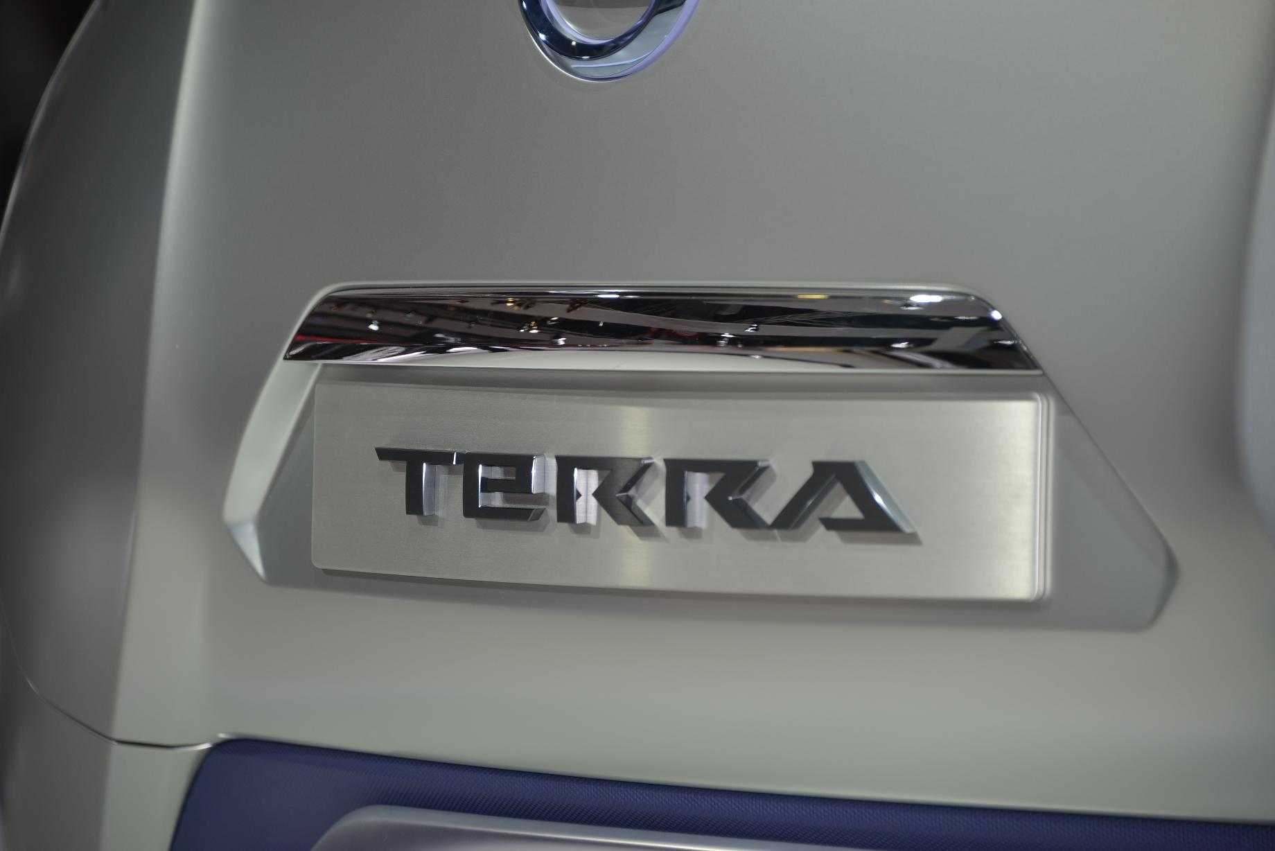 Nissan TeRRA Concept Live in Paris 2012