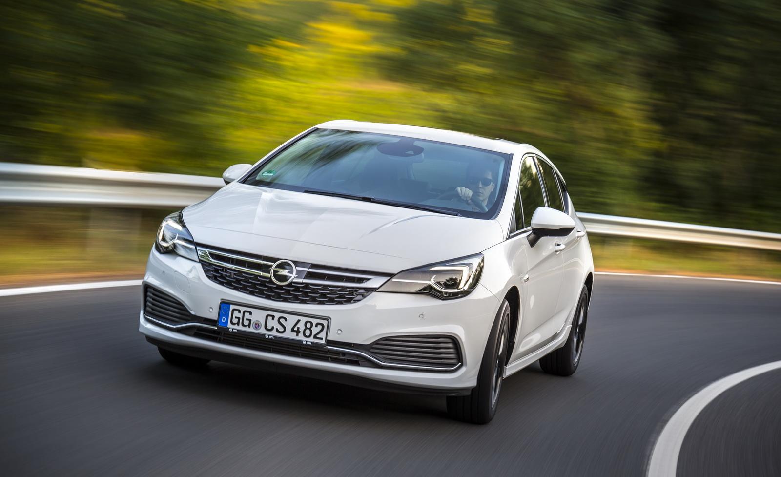 Opel Astra OPC Line Sport Pack - Autoblog.gr