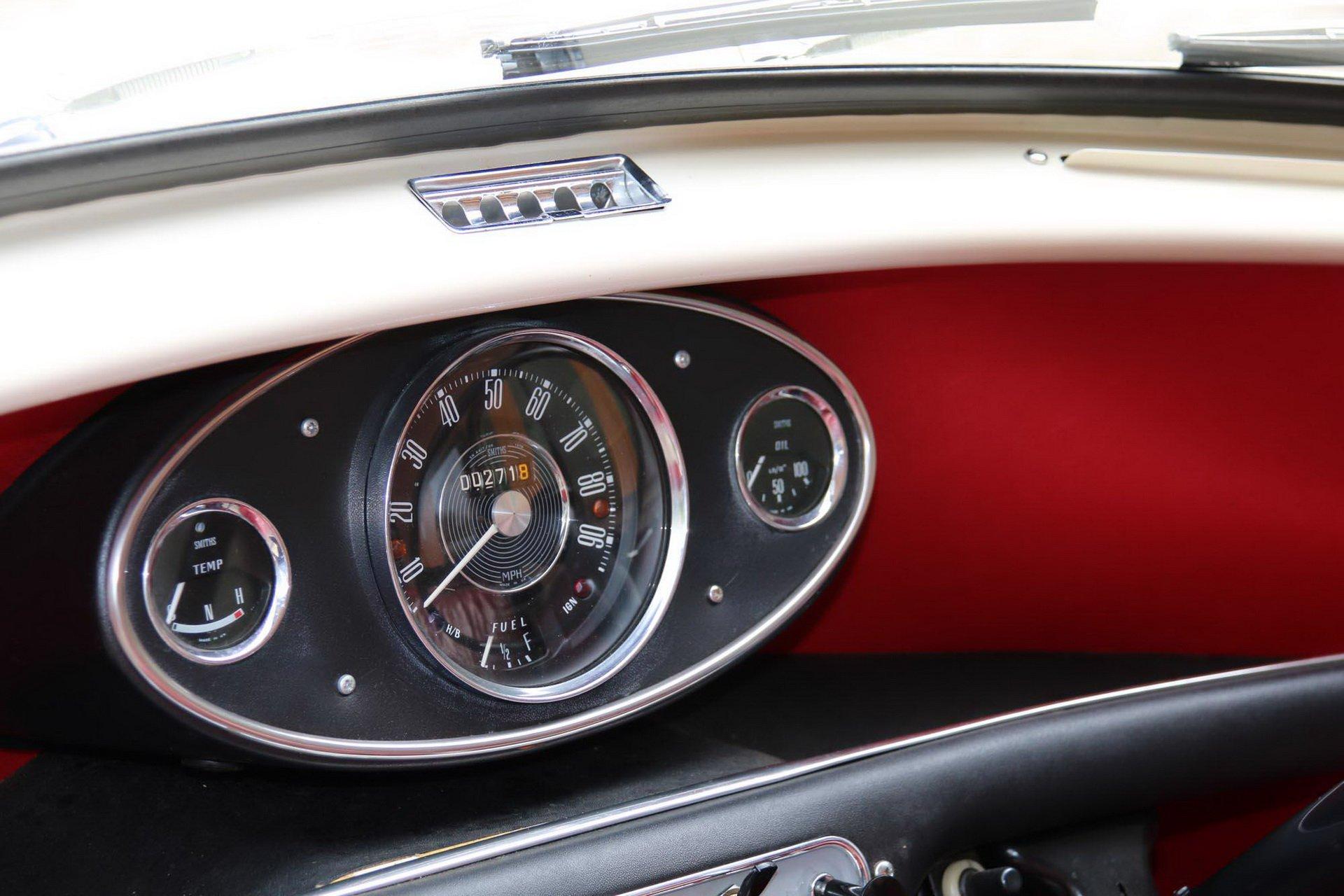 Original-Mini-1968-for-sale-8