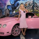 west-coast-customs-paris-hilton-pink-bentley-15.jpg