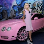 west-coast-customs-paris-hilton-pink-bentley-21.jpg