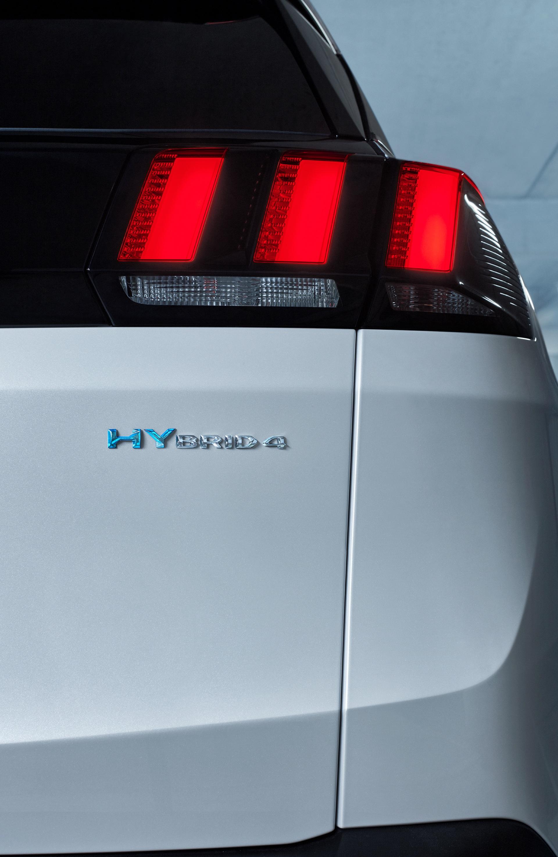 Peugeot-3008-GT-HYBRID4-4