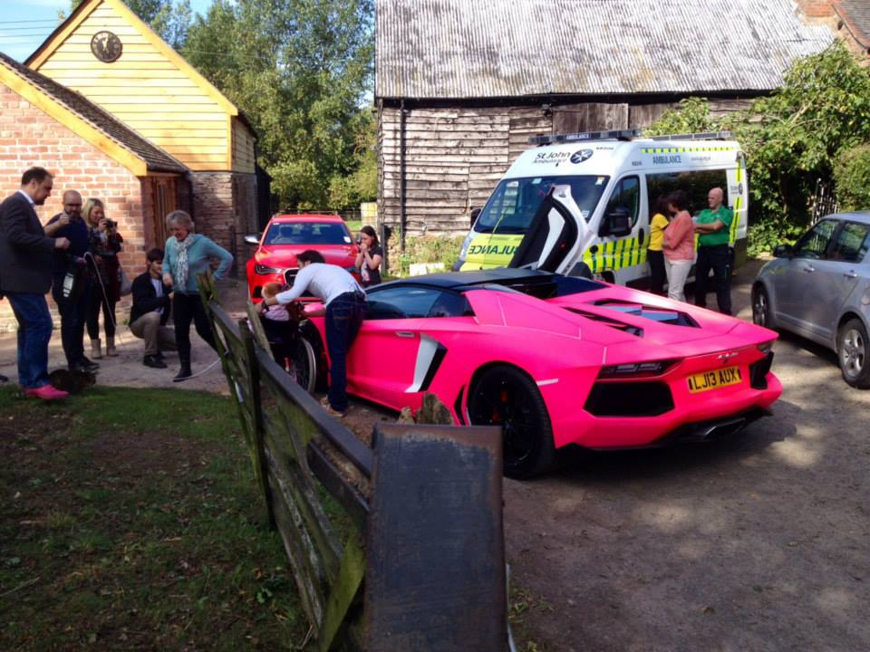 H Lamborghini ί Richard Hammond ά ό ό ύ ύ ό