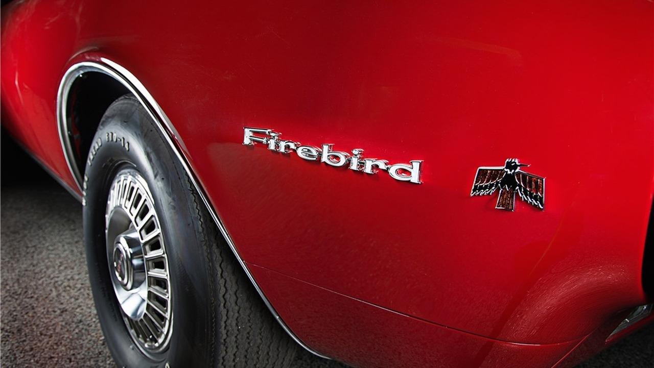pontiac-firebird-barrett-jackson (3)