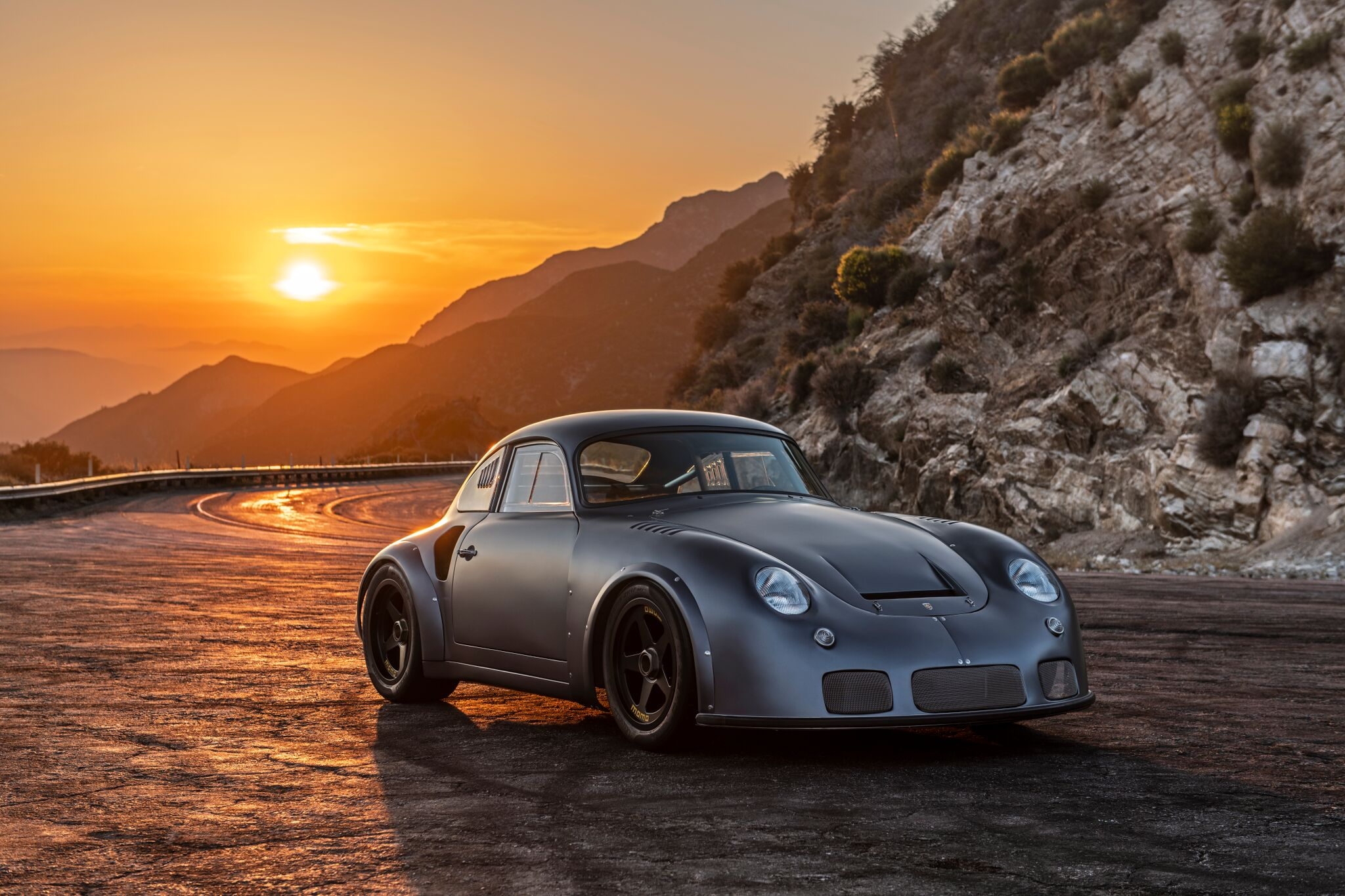 Porsche-356-RSR-Outlaw-by-Momo-and-Emory-motorsports-10