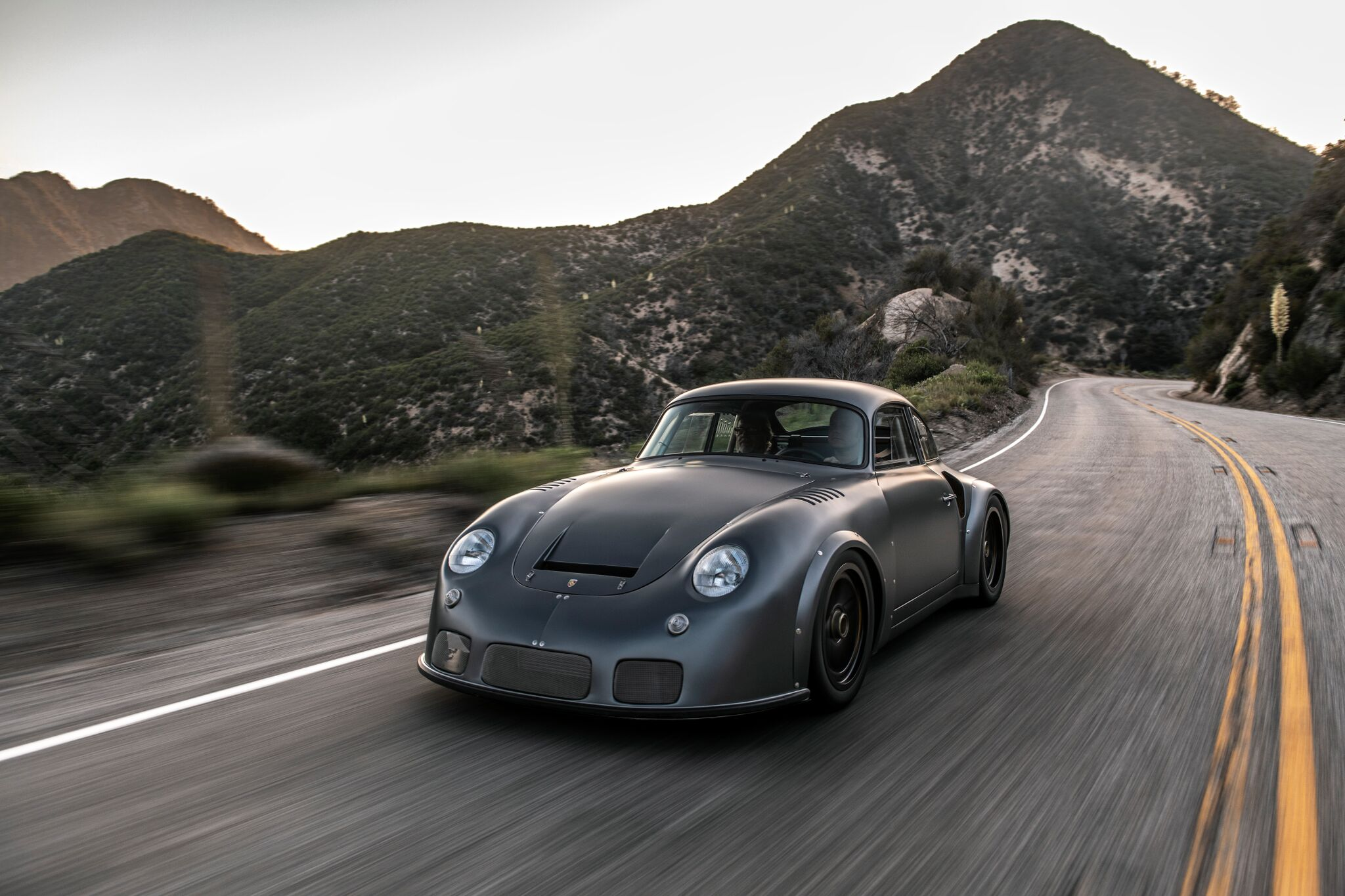 Porsche-356-RSR-Outlaw-by-Momo-and-Emory-motorsports-13