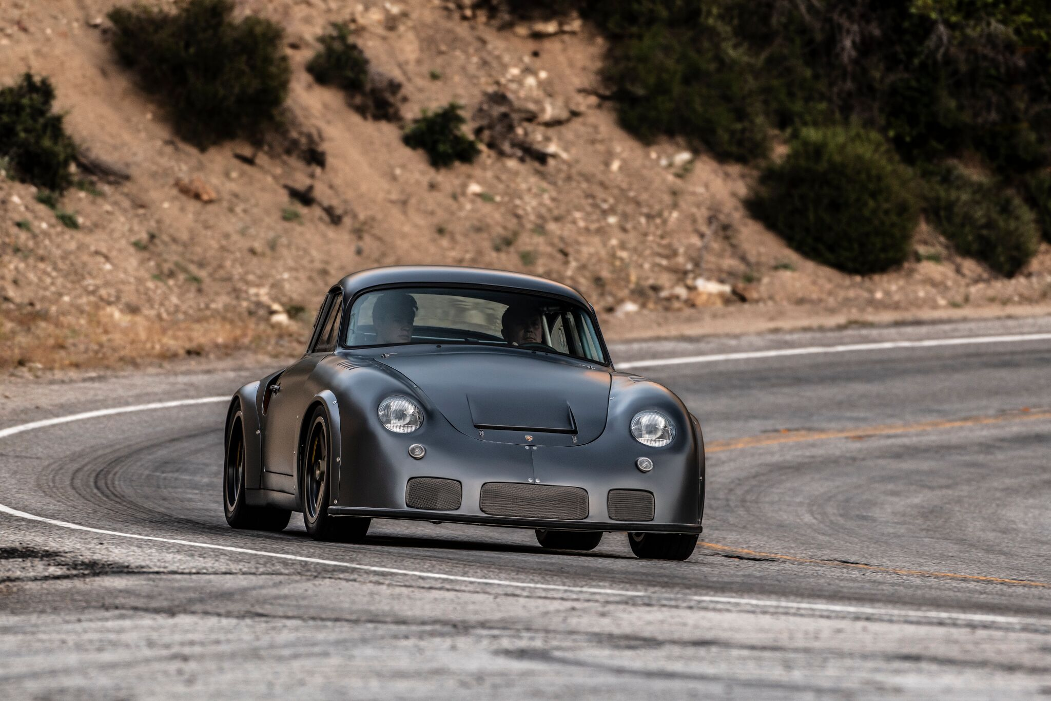 Porsche-356-RSR-Outlaw-by-Momo-and-Emory-motorsports-15