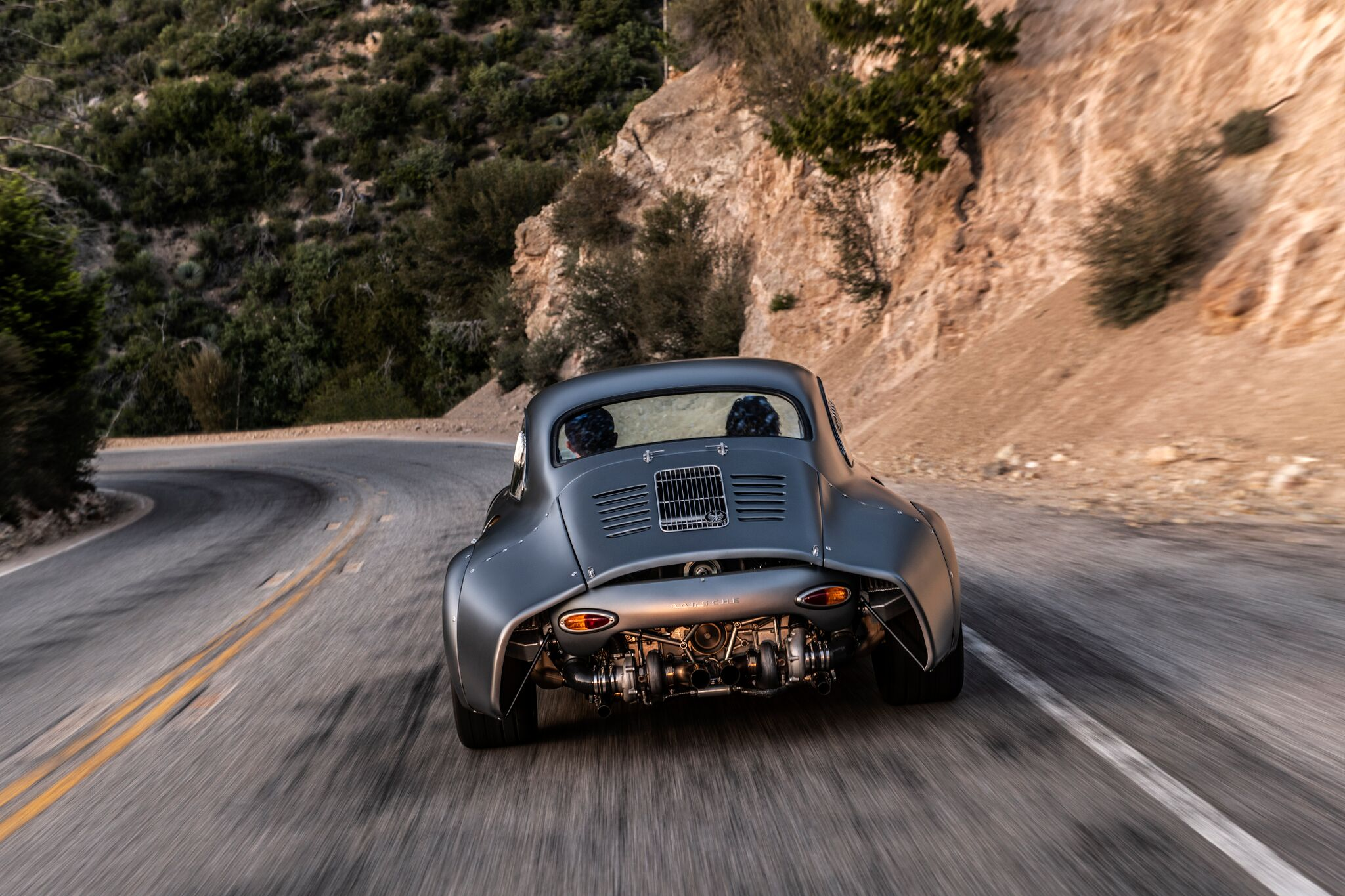 Porsche-356-RSR-Outlaw-by-Momo-and-Emory-motorsports-16