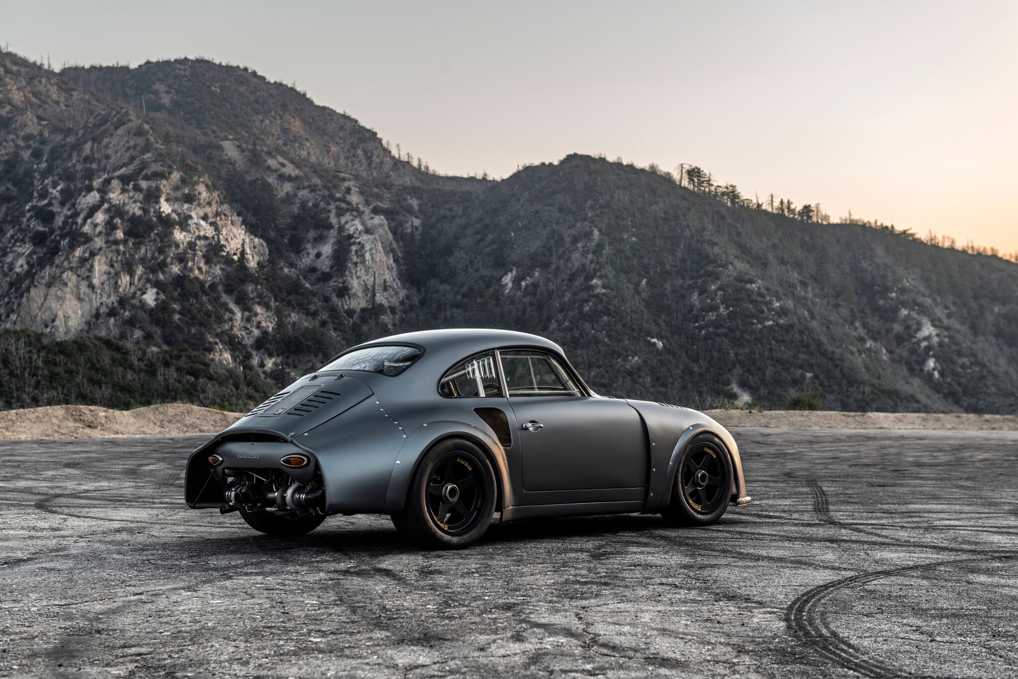 Porsche-356-RSR-Outlaw-by-Momo-and-Emory-motorsports-2