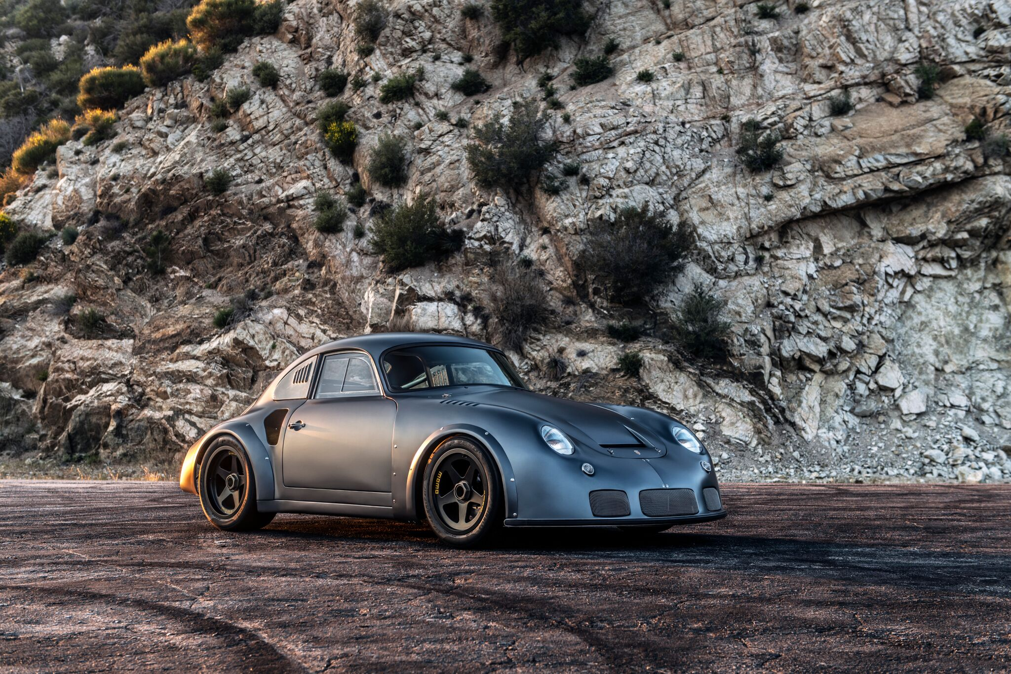Porsche-356-RSR-Outlaw-by-Momo-and-Emory-motorsports-8