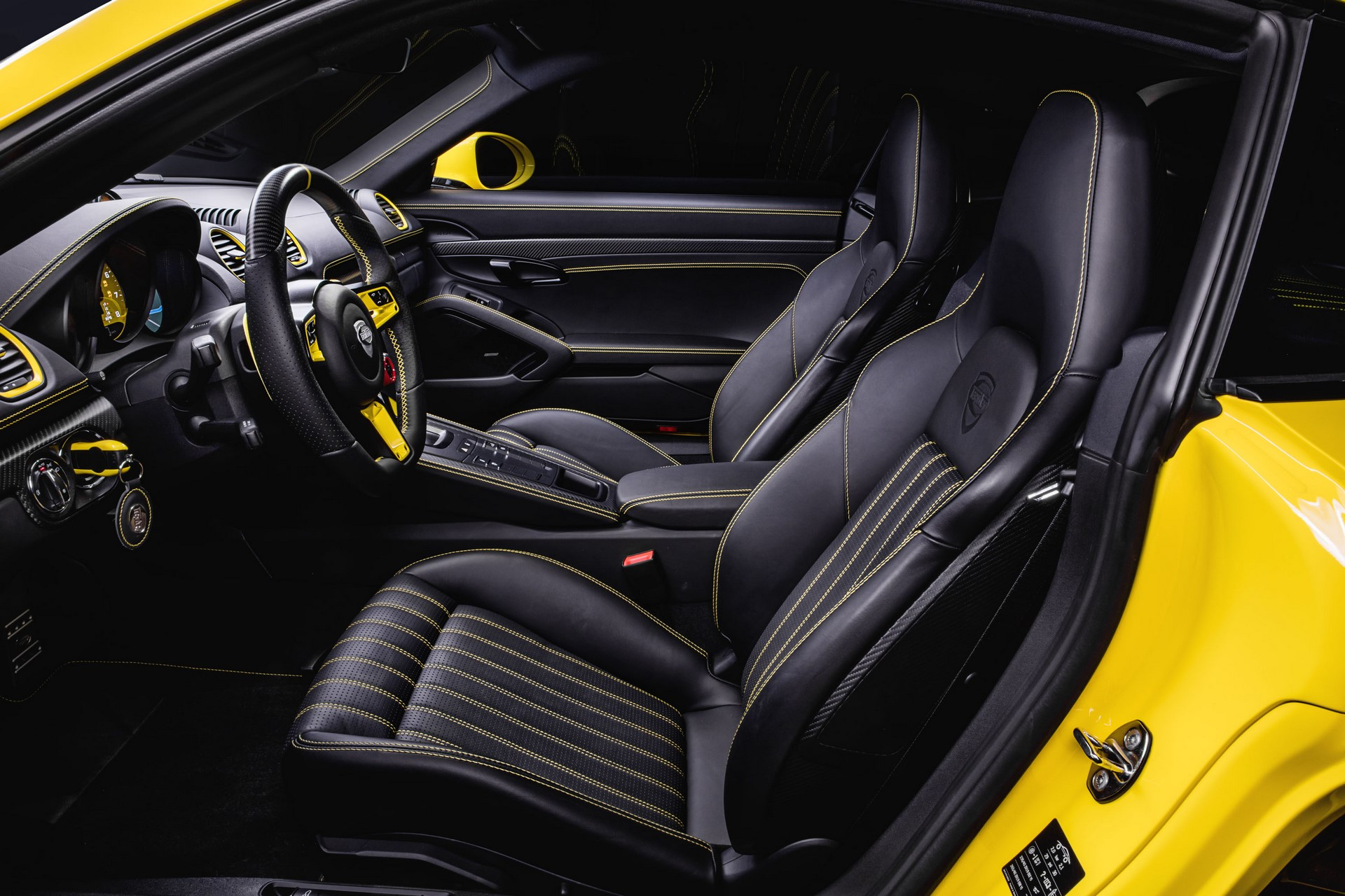 TECHART_Detail_Interior_04