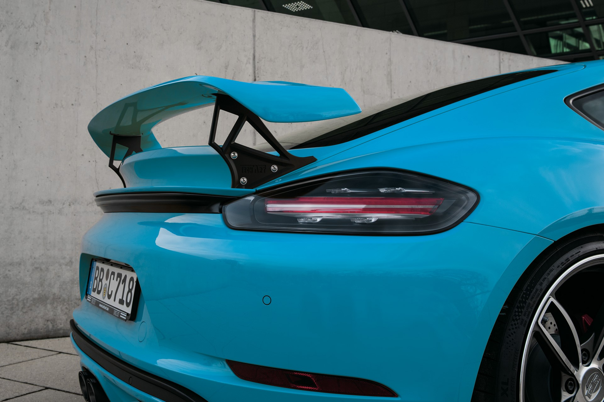 TECHART_Detail_RearWing_II