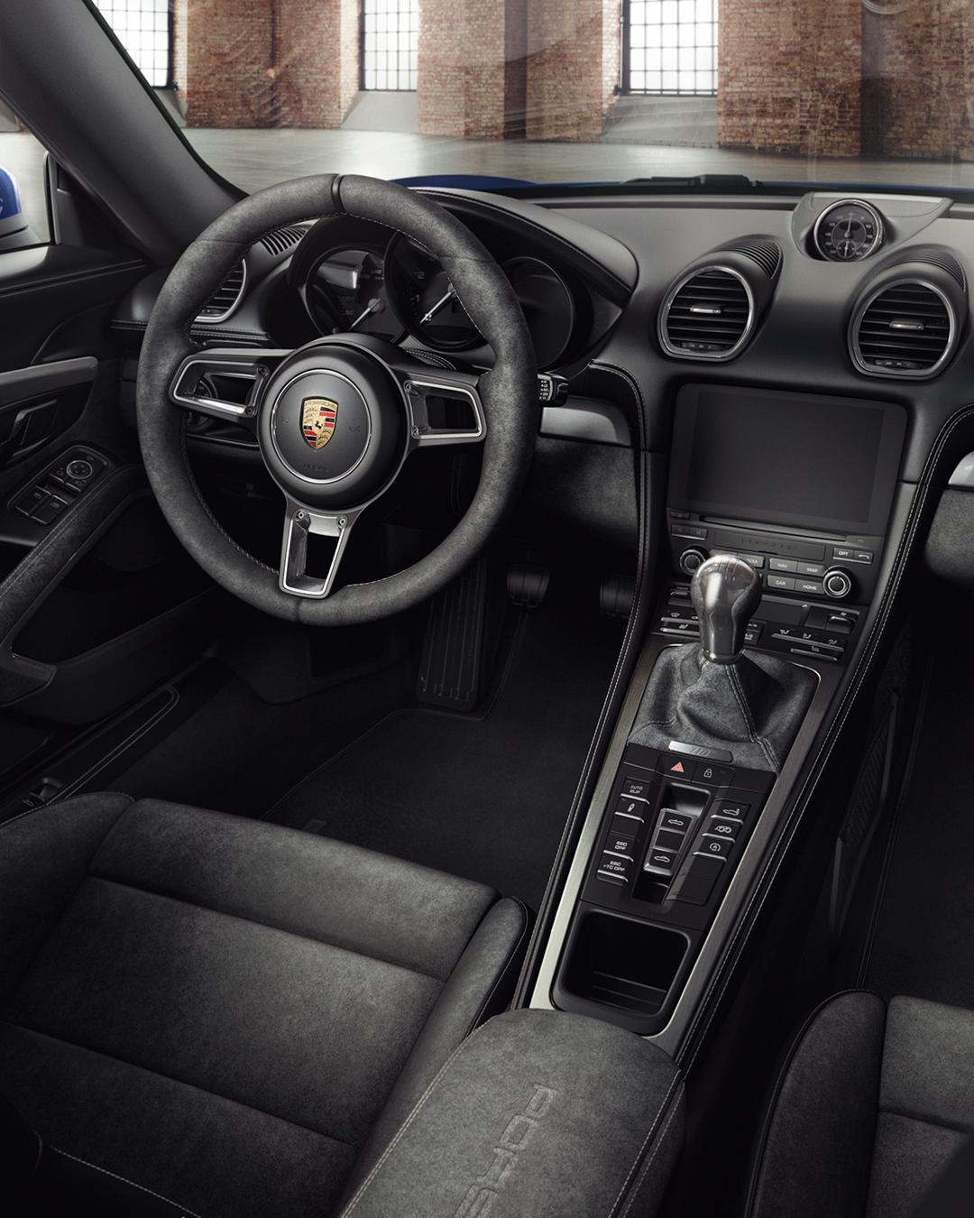 Porsche-718-Boxster-Spyder-by-Porsche-Exclusive-2