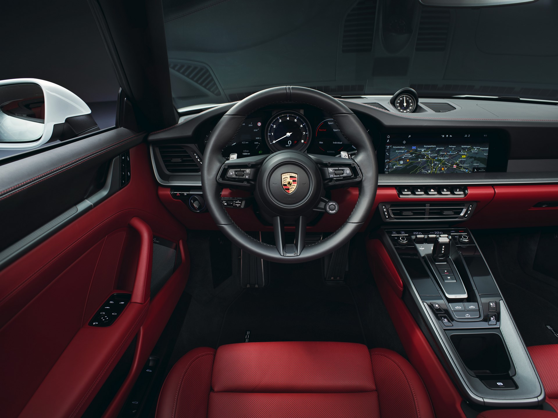 Porsche-911-Carrera-And-Cabriolet-2020-3