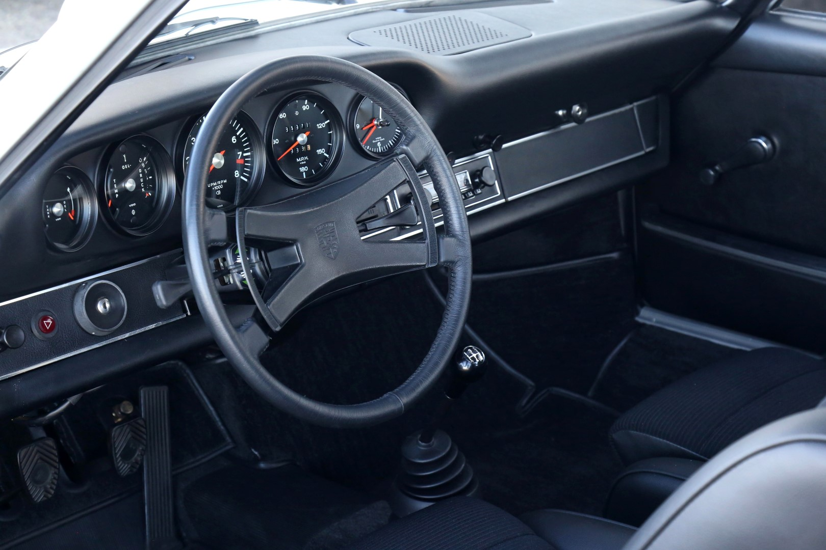 Porsche-911-Carrera-RS-2.7-1973-for-sale-55