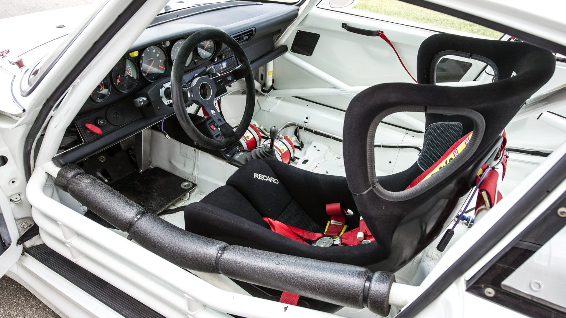 Porsche 911 GT2 Evo 1996 in auction (10)